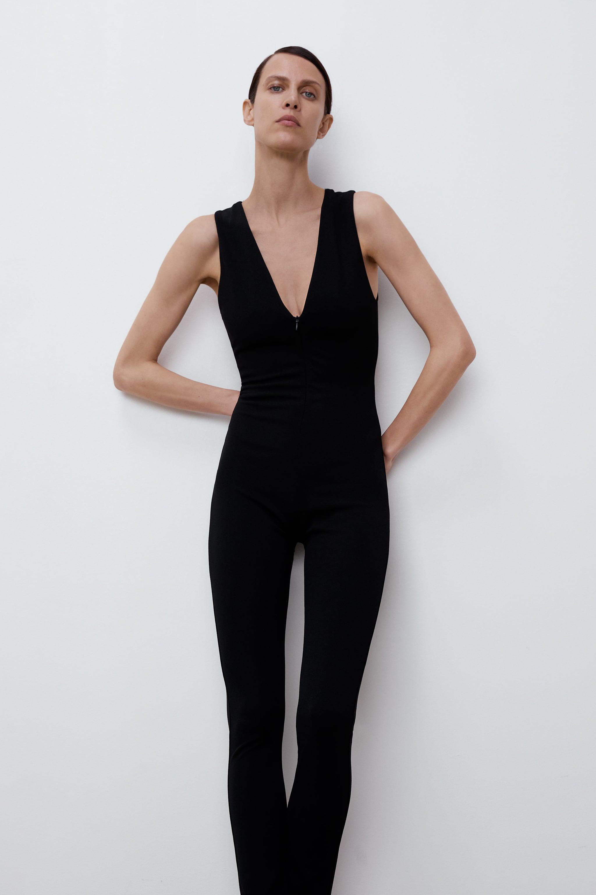 LONG FITTED JUMPSUIT 1