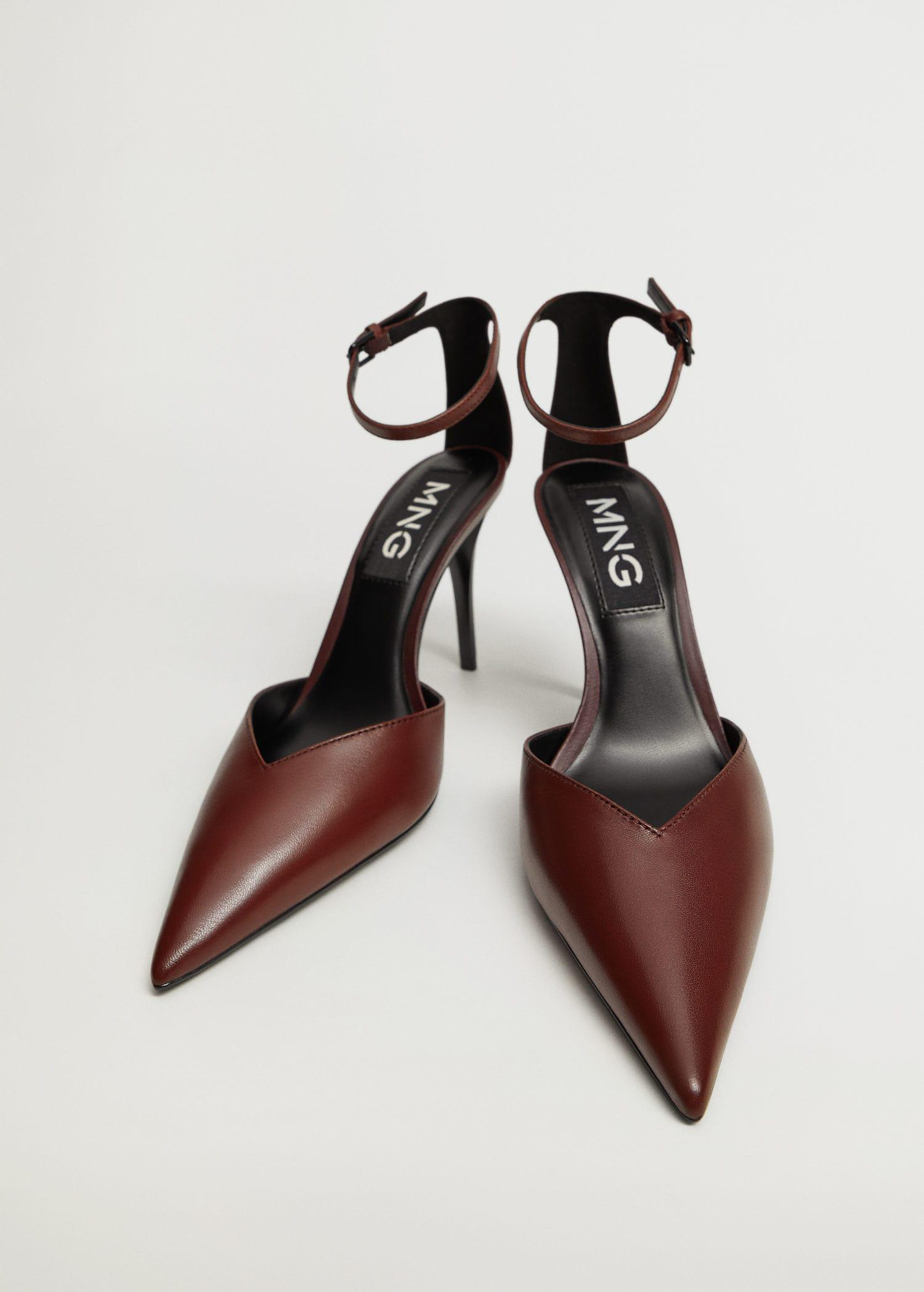 Heel leather shoes 1
