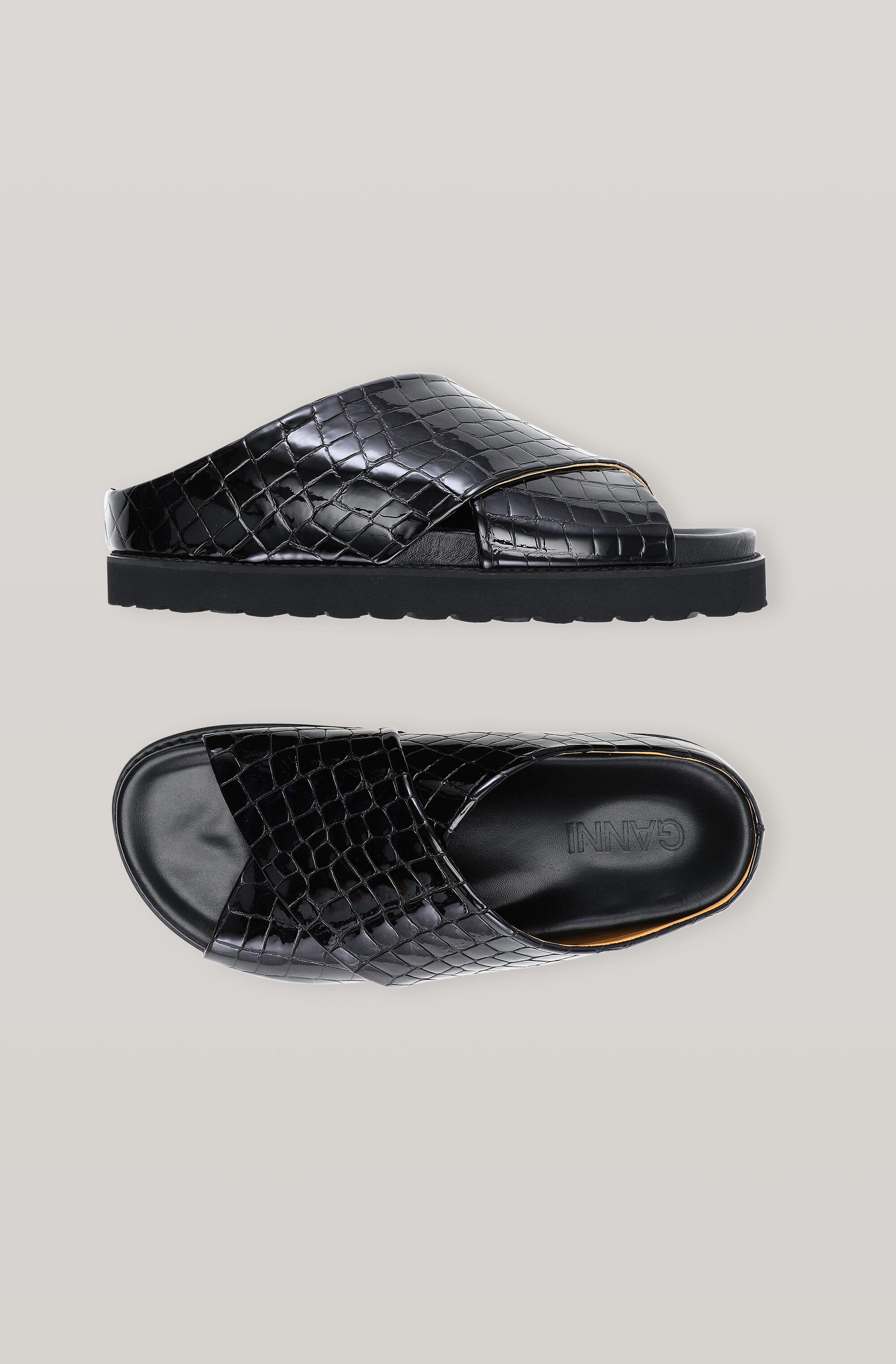 Belly Croc Mid Crossover Sandal 1