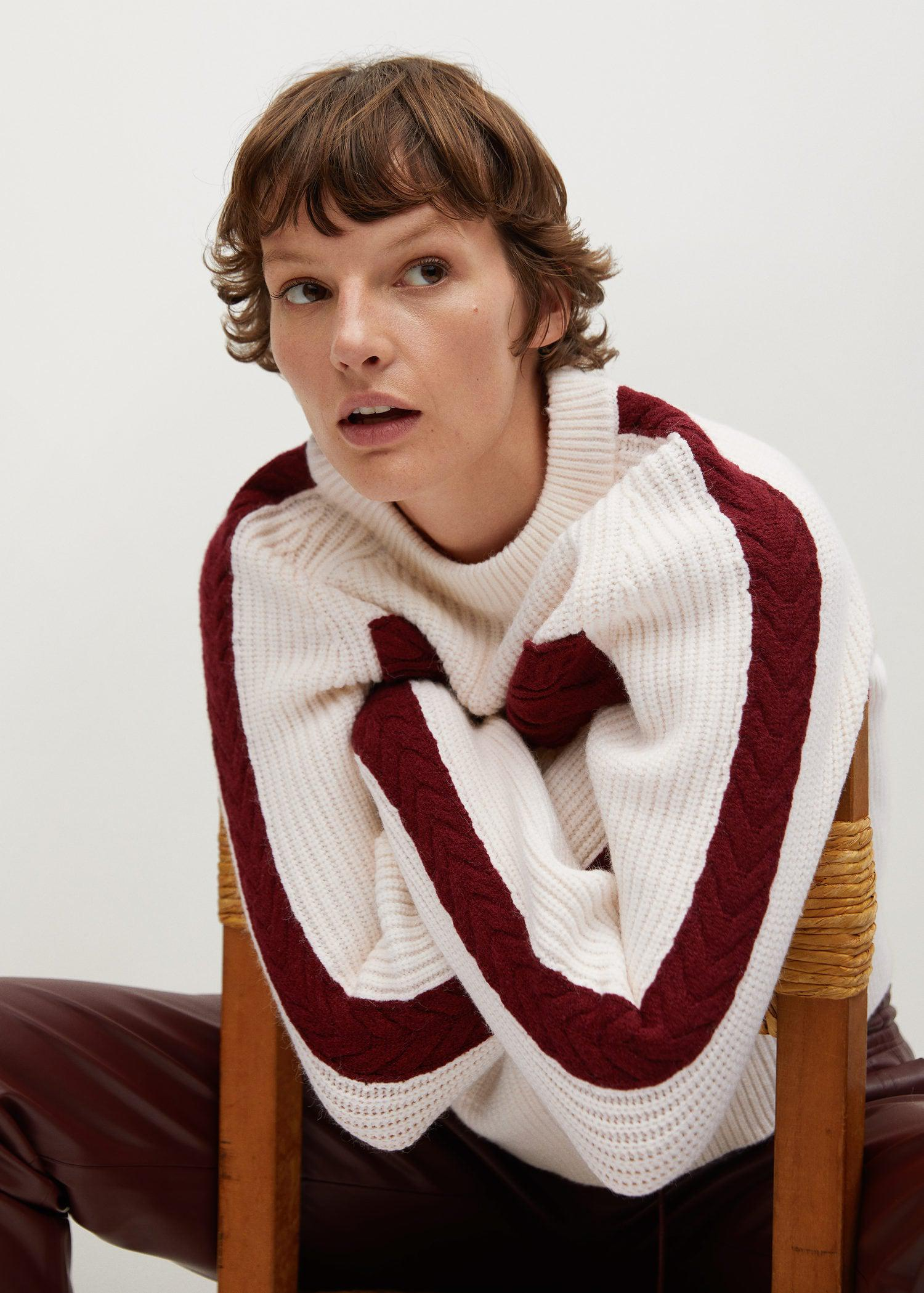 Contrasting knit sweater 5