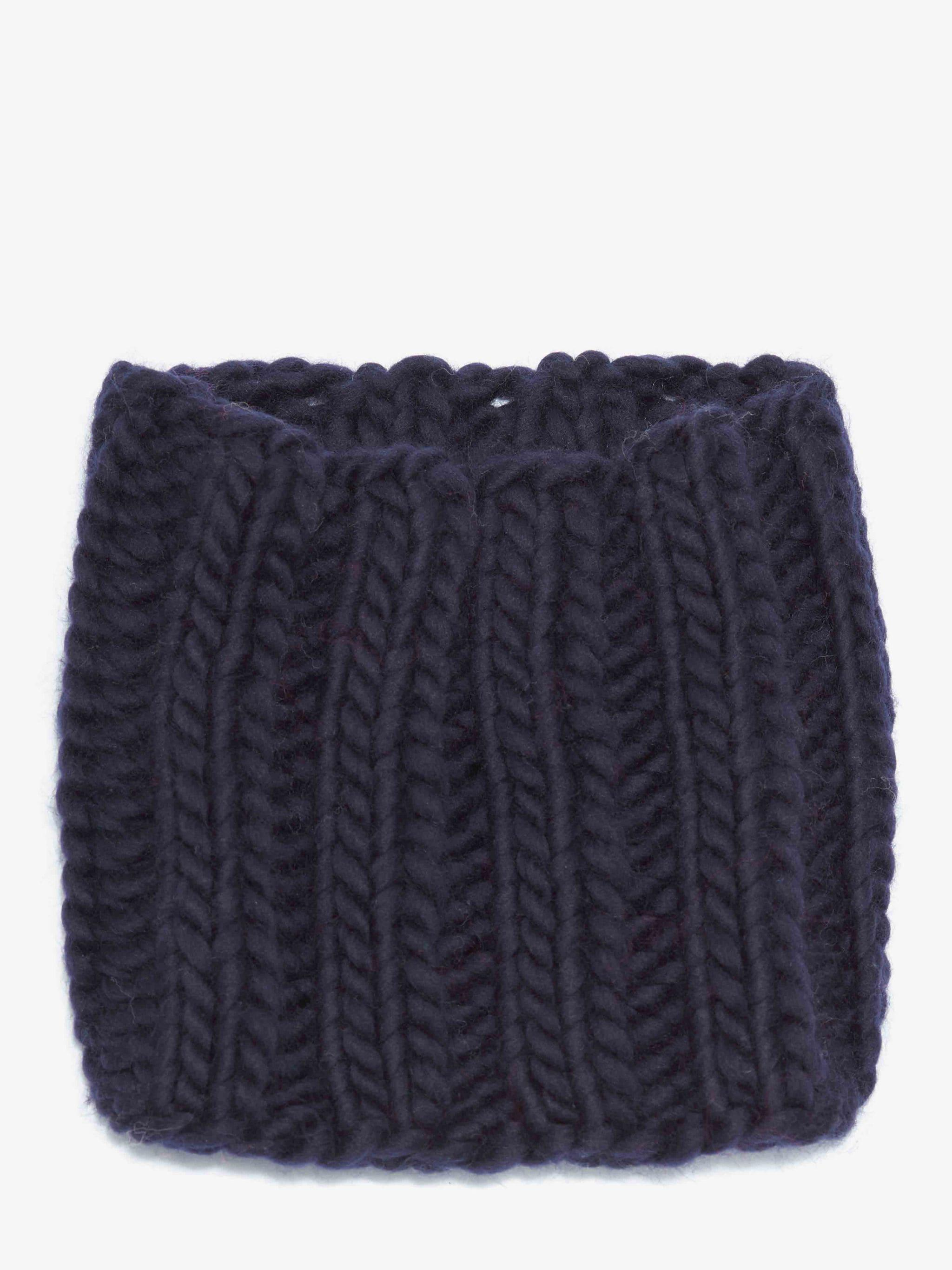 KNITTED SNOOD 1