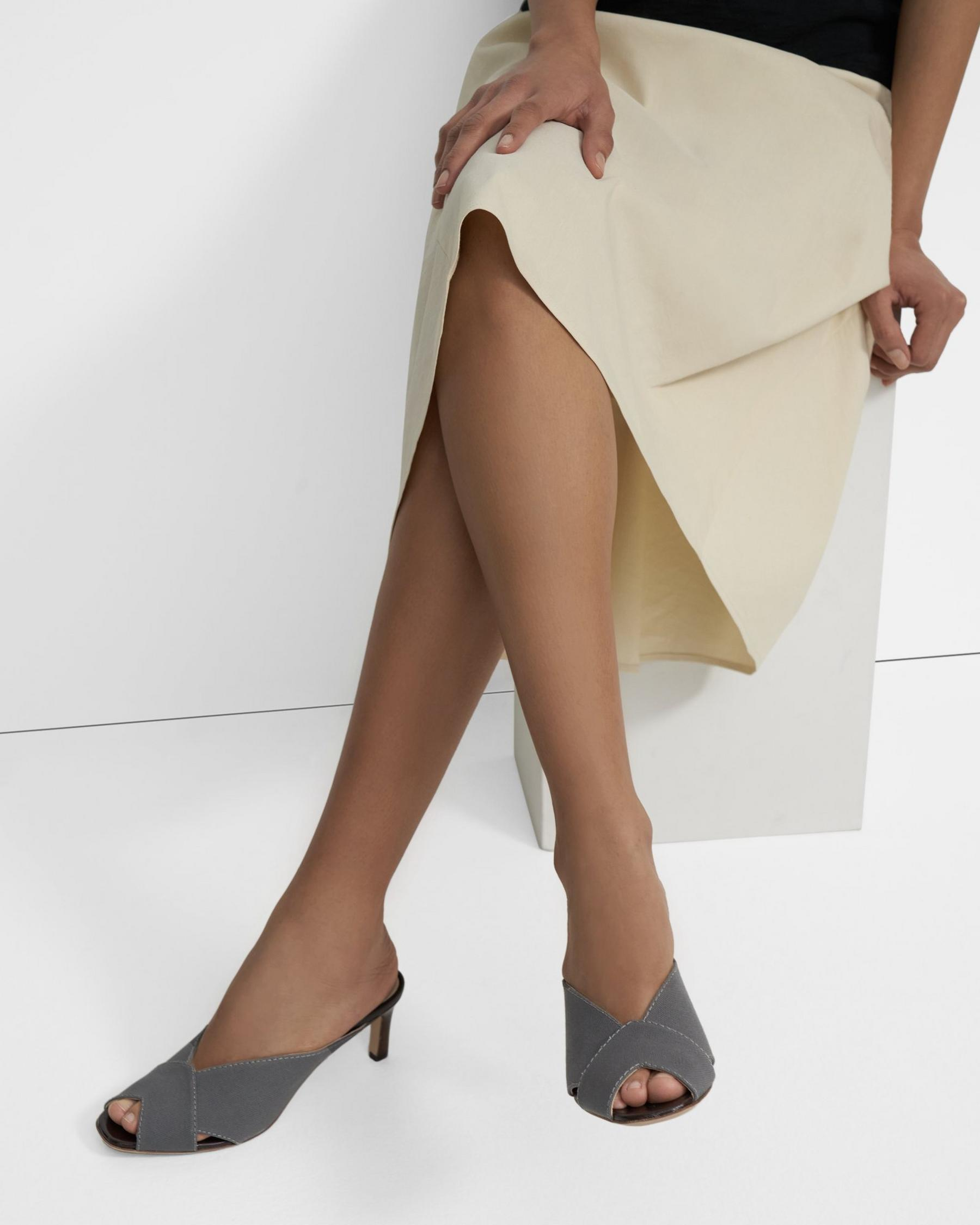 V Mule in Cotton Canvas 5