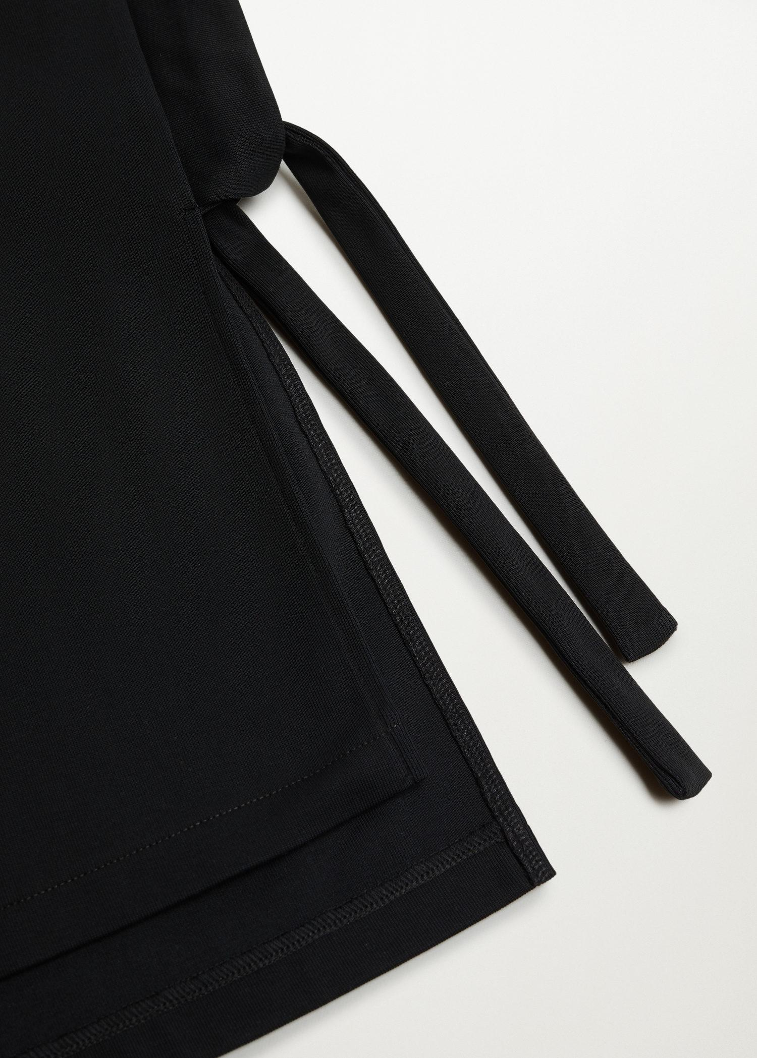 Cotton t-shirt with side opening 6