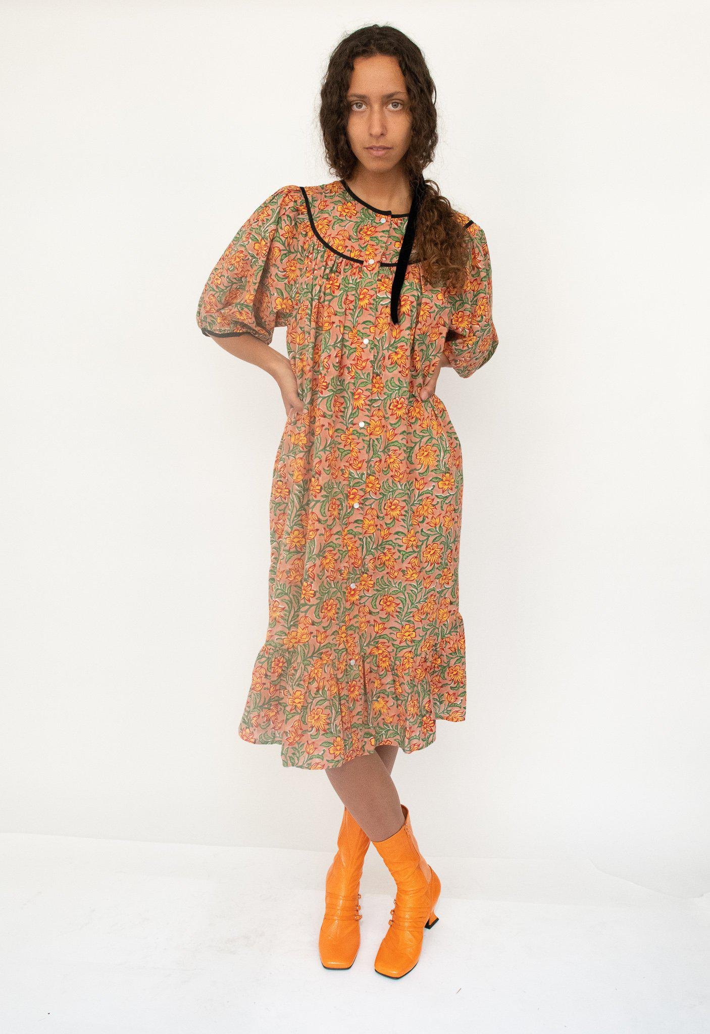 Snap Housedress in Light Brown Floral