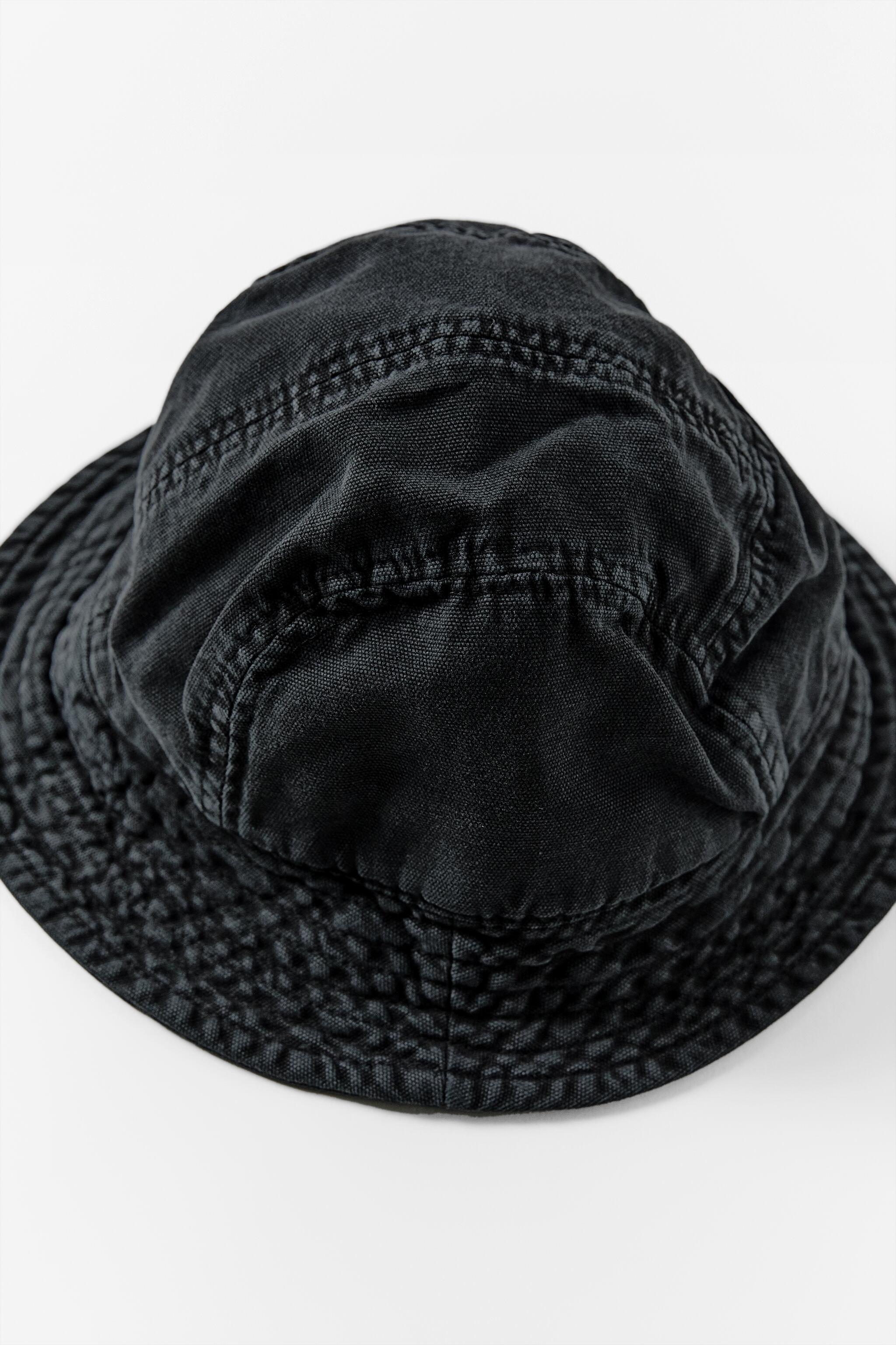 BUCKET HAT WITH TOPSTITCHING 2
