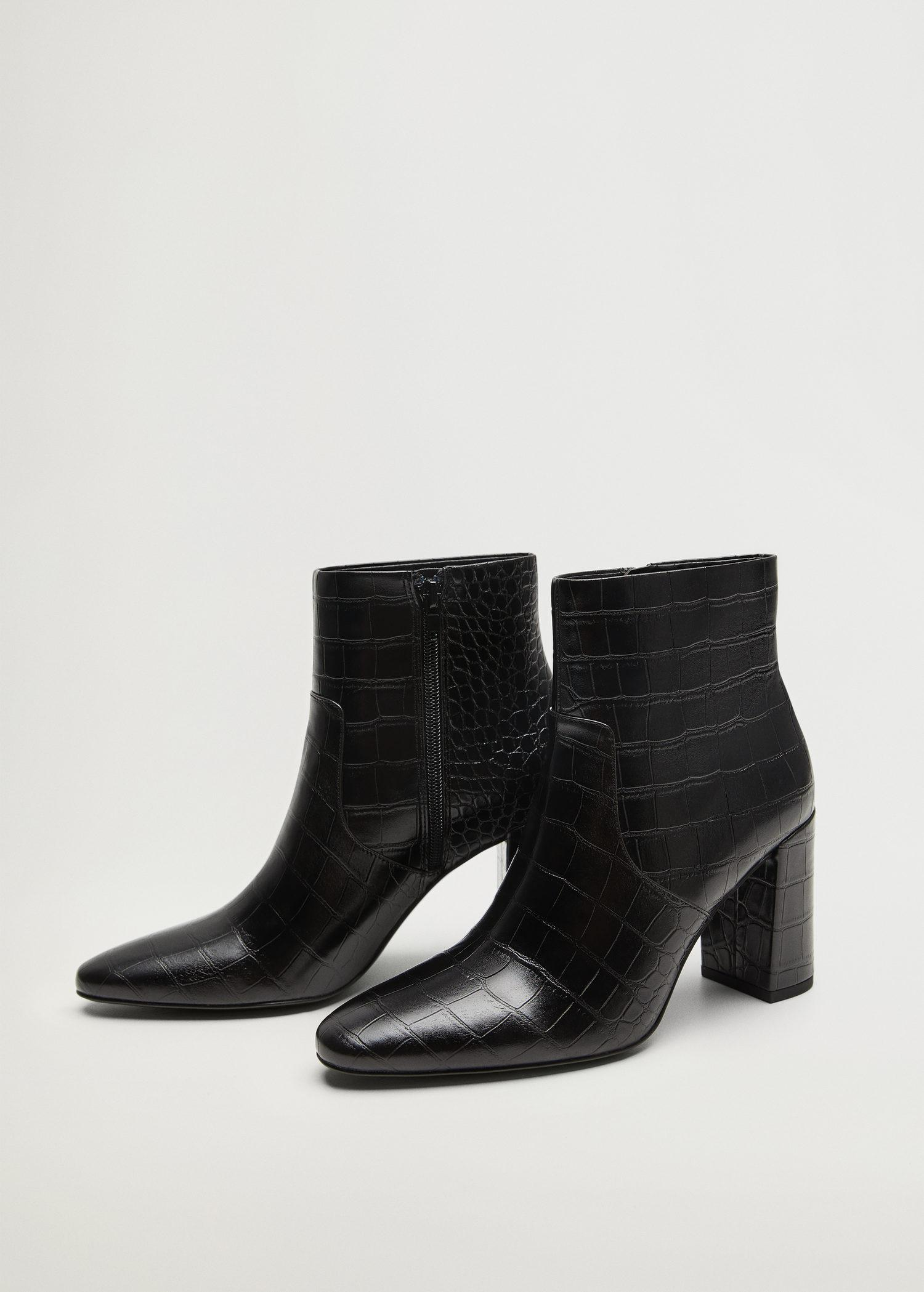 Pointed heel ankle boot 3
