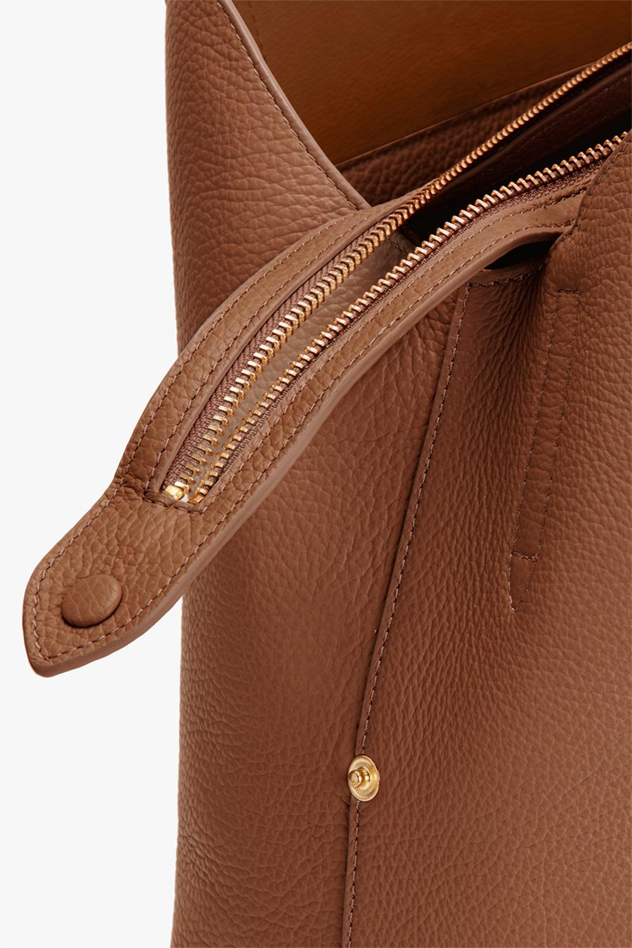 Women's Zippered Satchel Bag in Caramel | Pebbled Leather by Cuyana 2