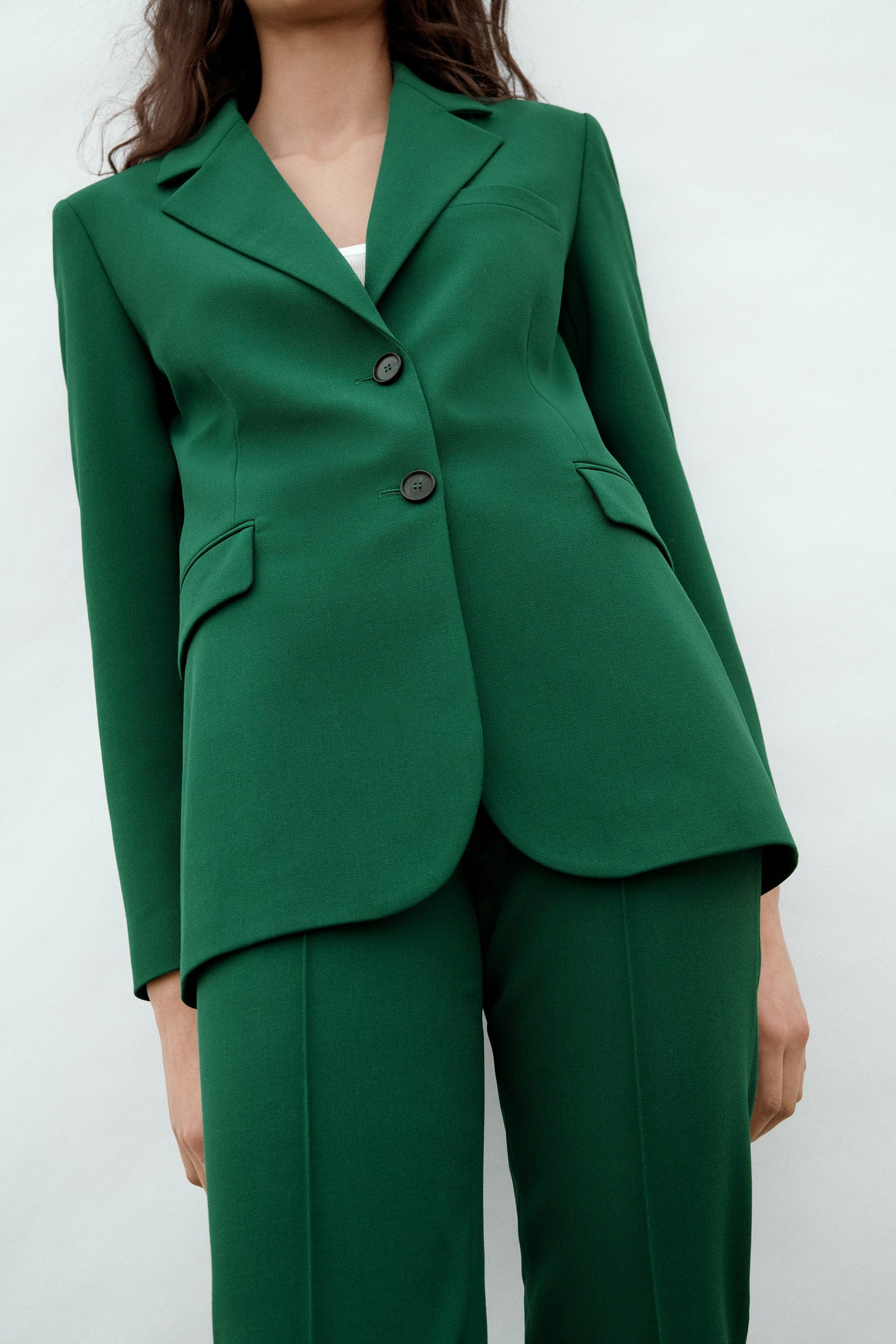 FITTED BLAZER WITH POCKETS 1