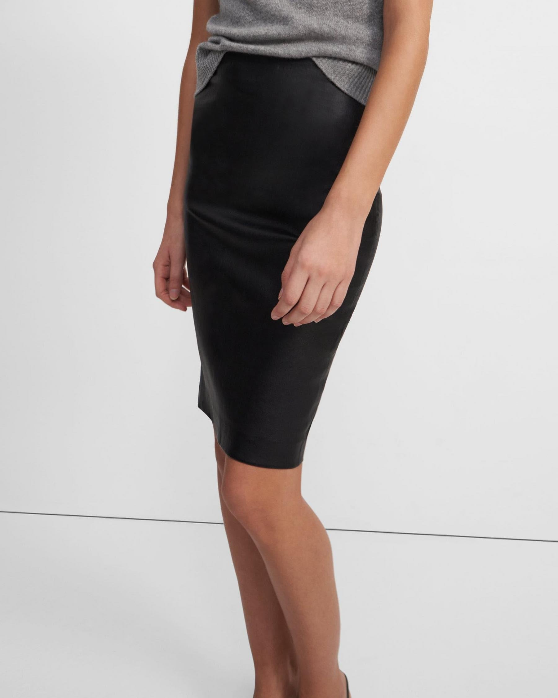 Pencil Skirt in Leather 1