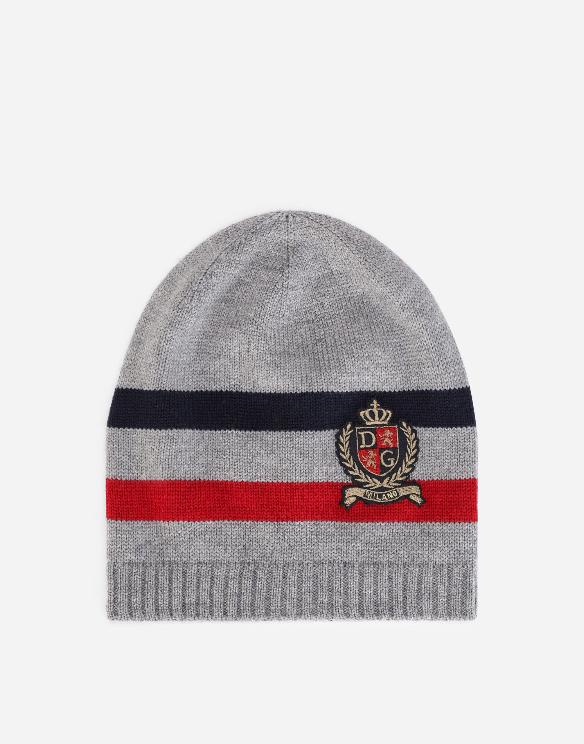 Knit hat with DG crown logo