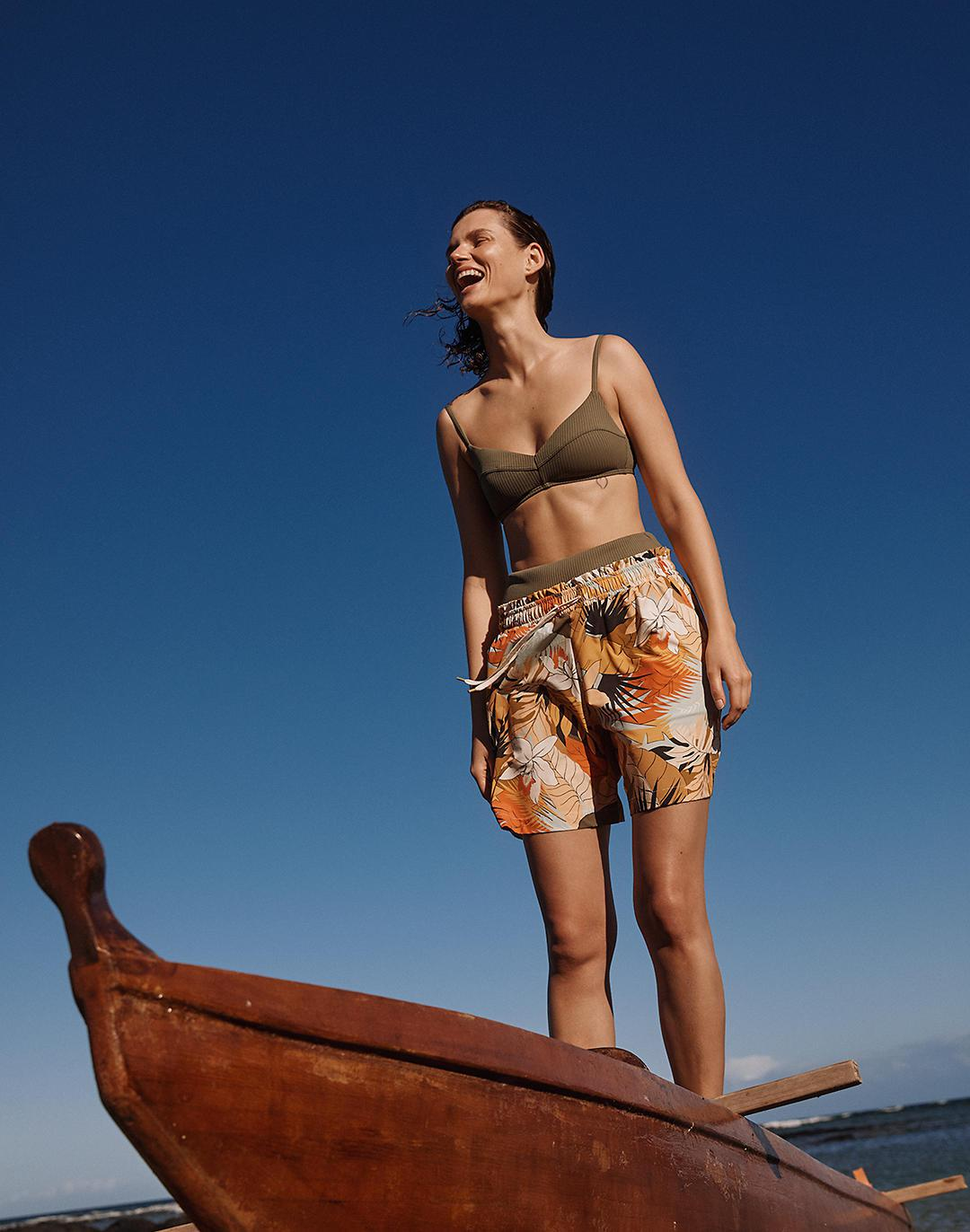 Madewell Second Wave Board Shorts in Tropical Vacation 3
