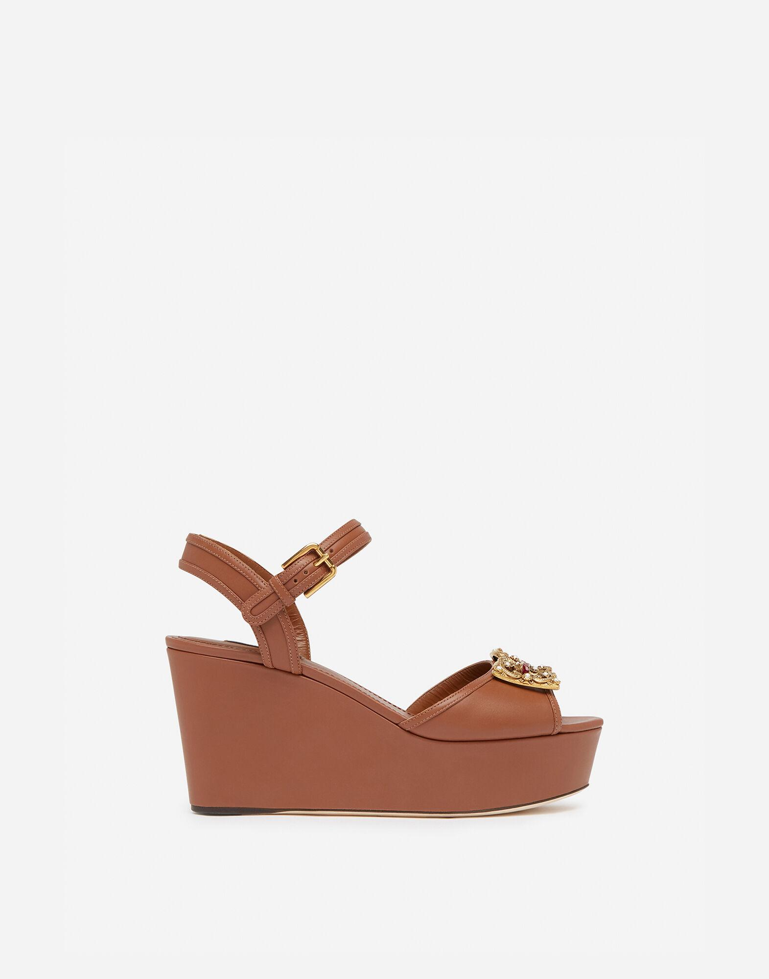 Calfskin wedge sandals with DG Amore logo
