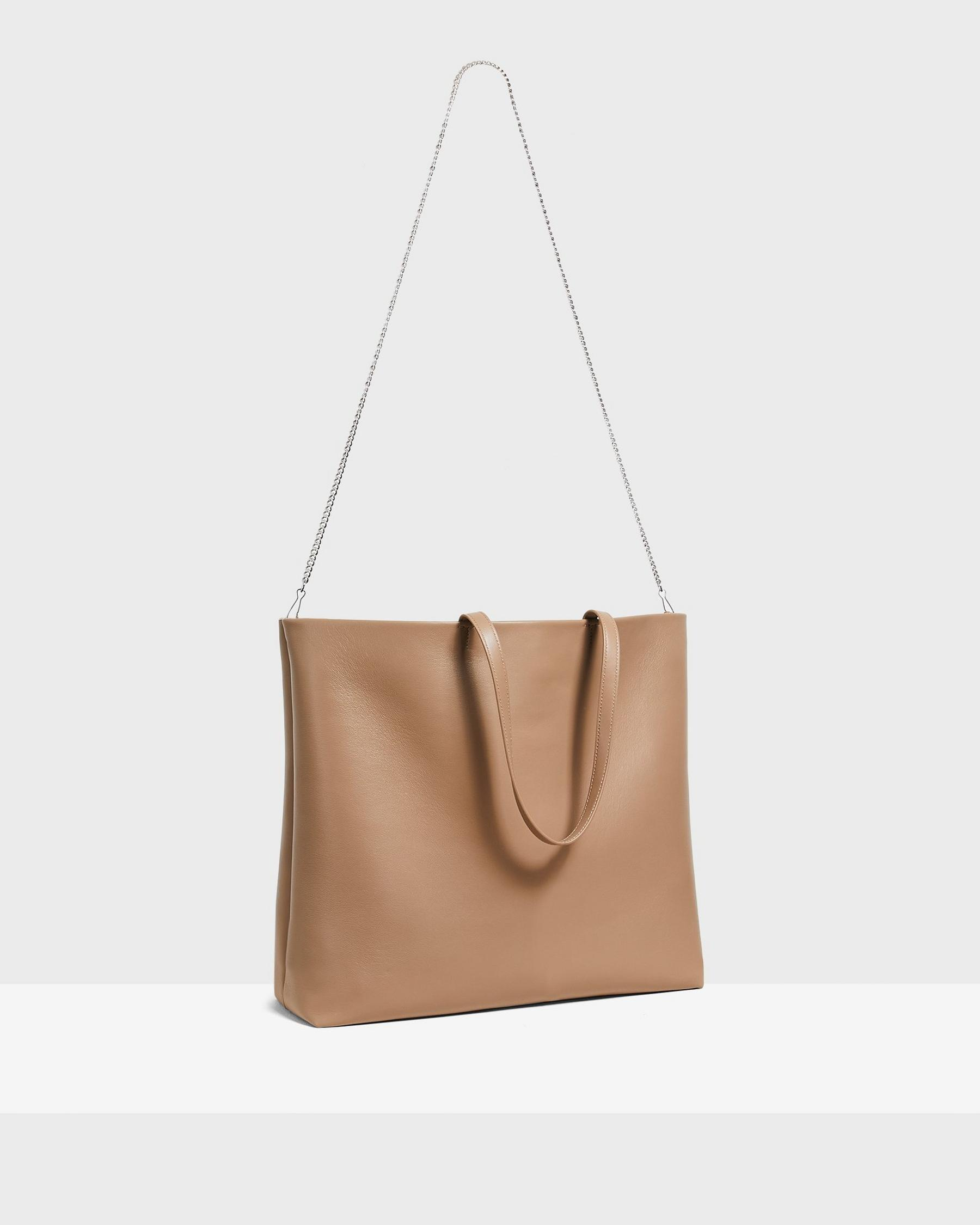 Simple Tote in Leather 2