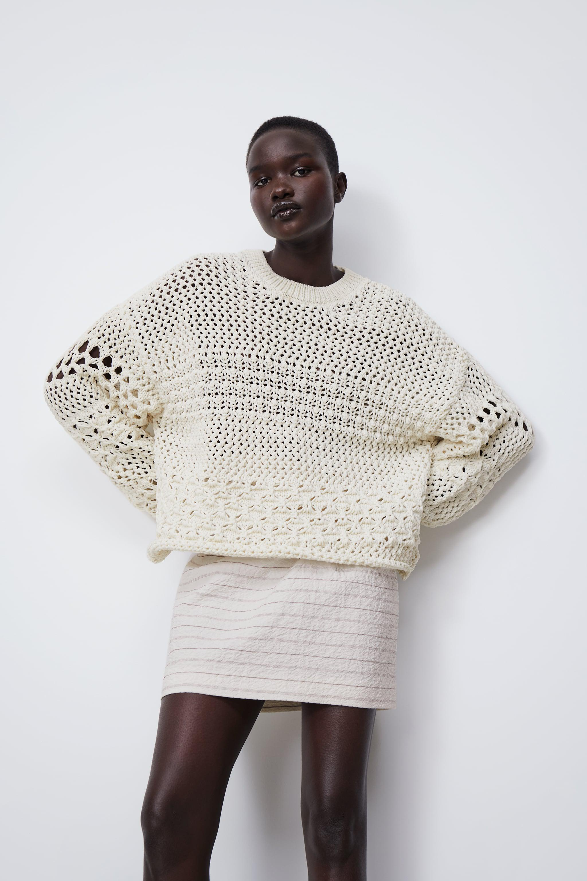 TEXTURED KNIT SWEATER 1