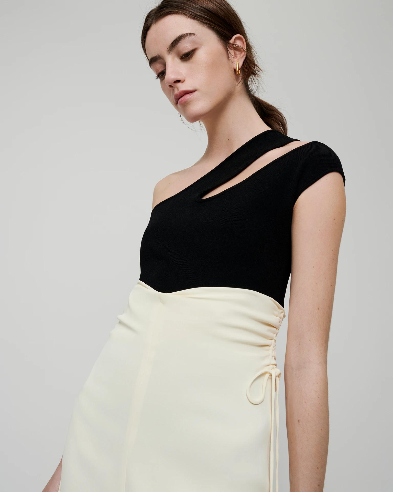 ARLET - Knitted cut-out top - Black 2