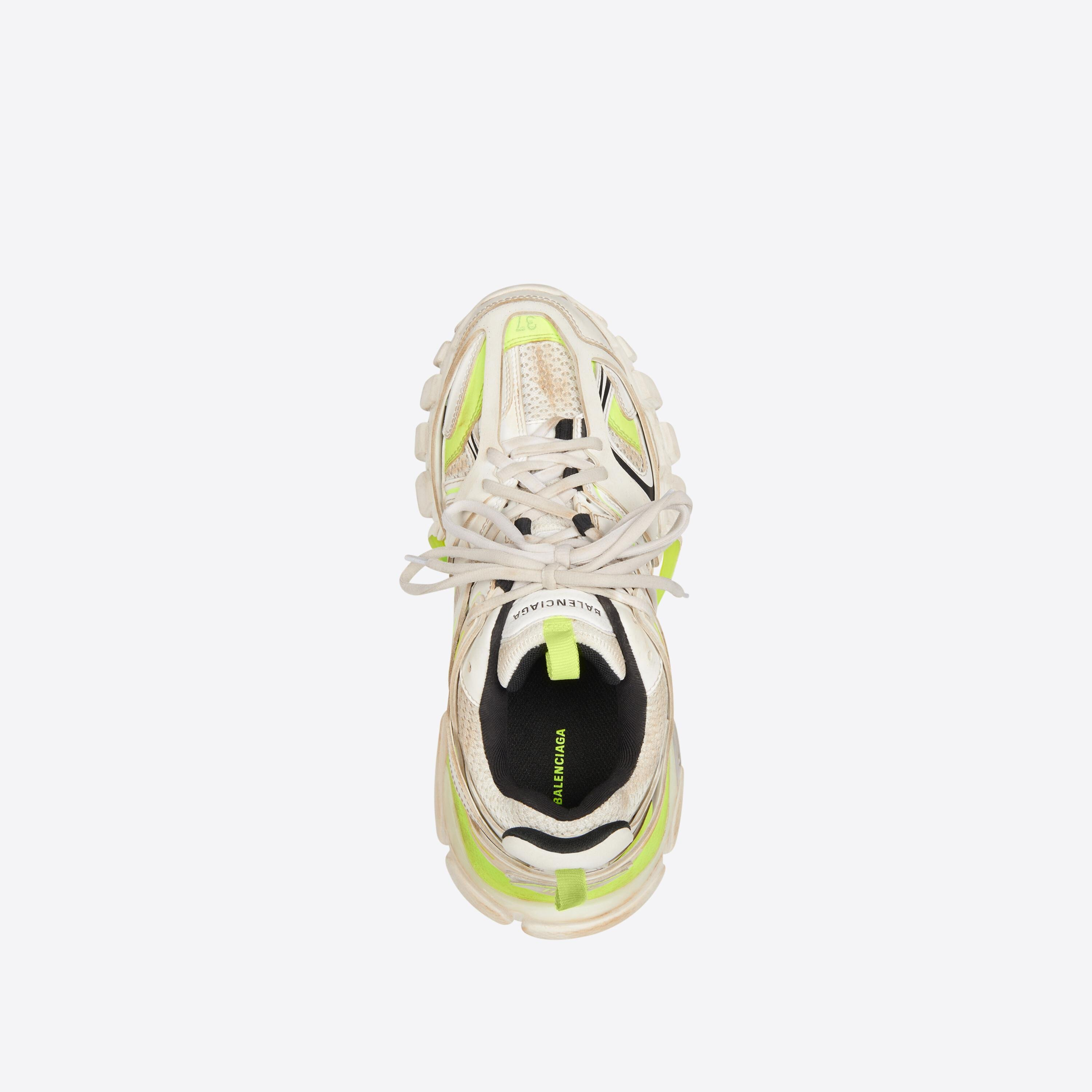 Track Sneaker Worn Out 4