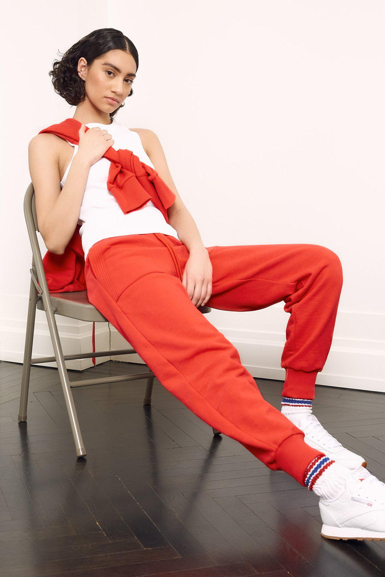 The Essential Jogger in Hibiscus