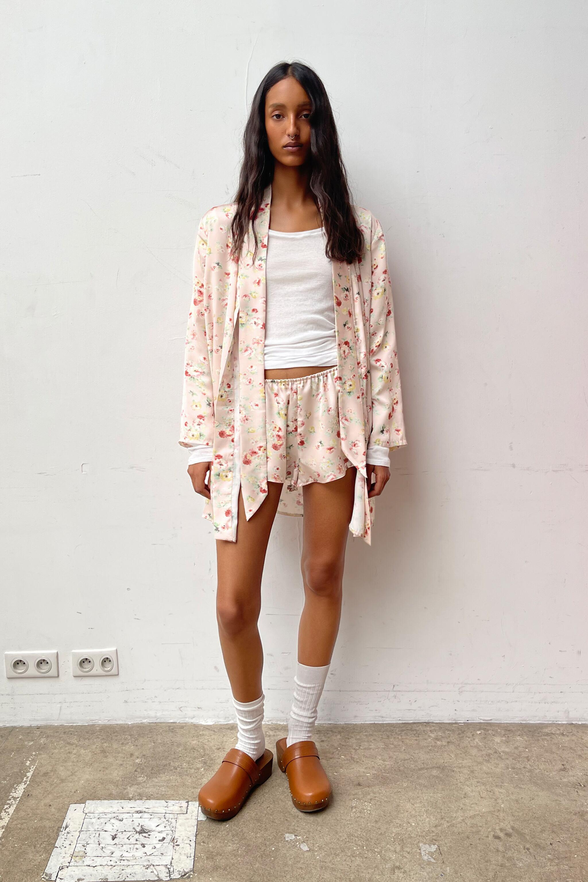 SATIN EFFECT FLORAL PRINT DRESSING GOWN