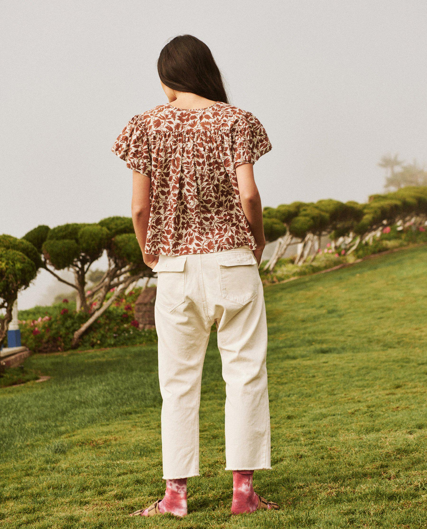 The Whip Stitched Fern Top. -- Brown Blossom Floral 3