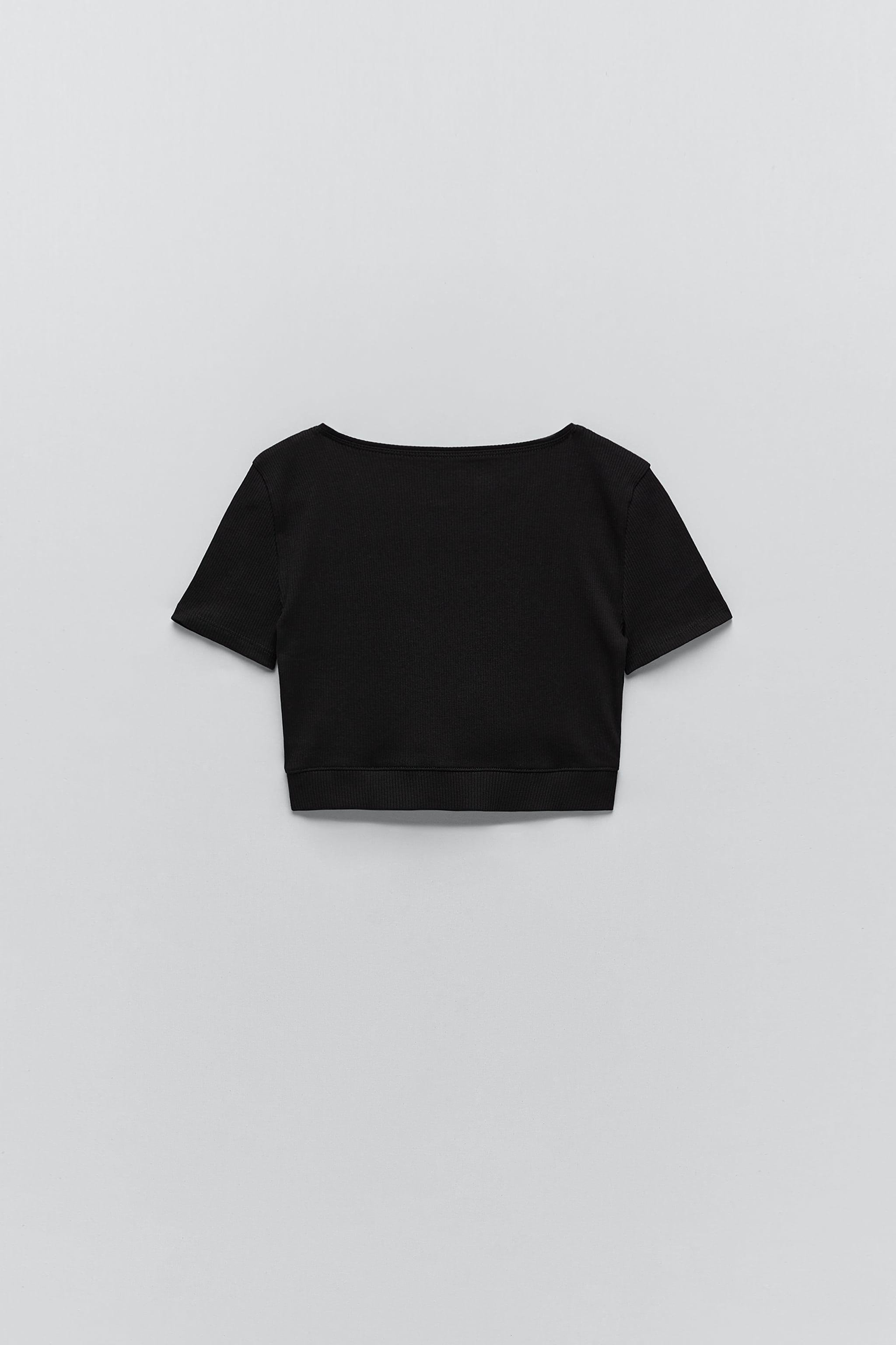 GATHERED CROPPED TOP 1