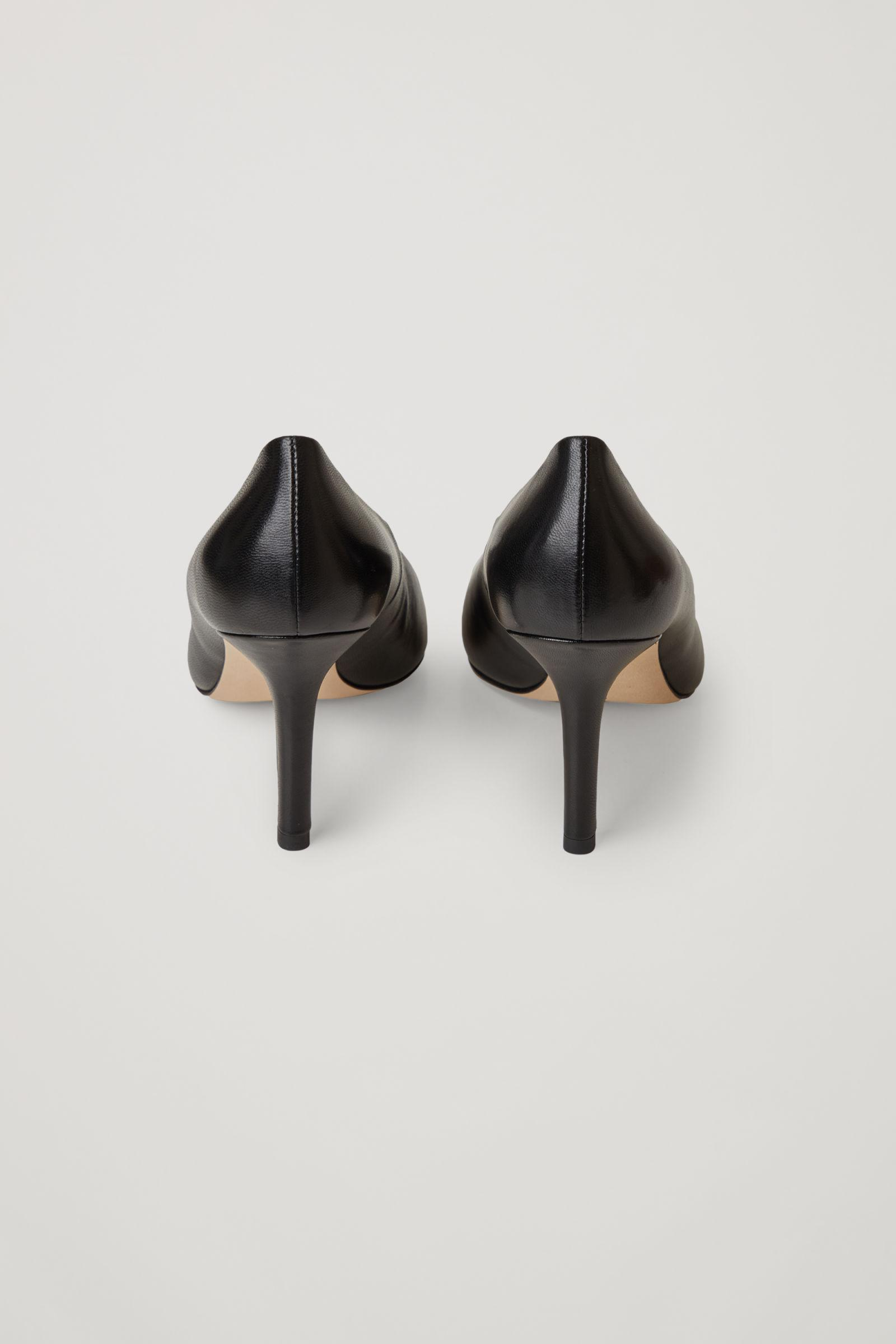 POINTED LEATHER HIGH HEELS 2