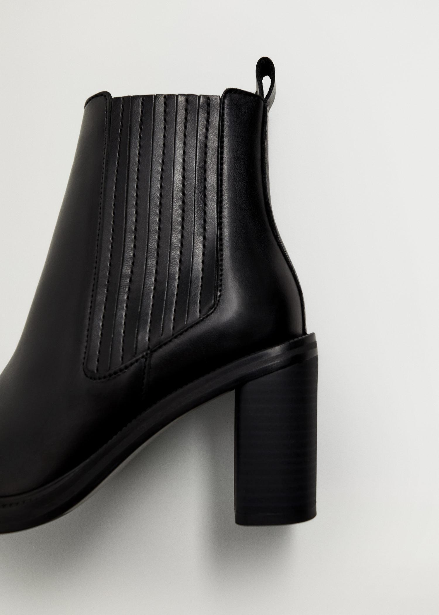 Elastic panels leather ankle boots 4