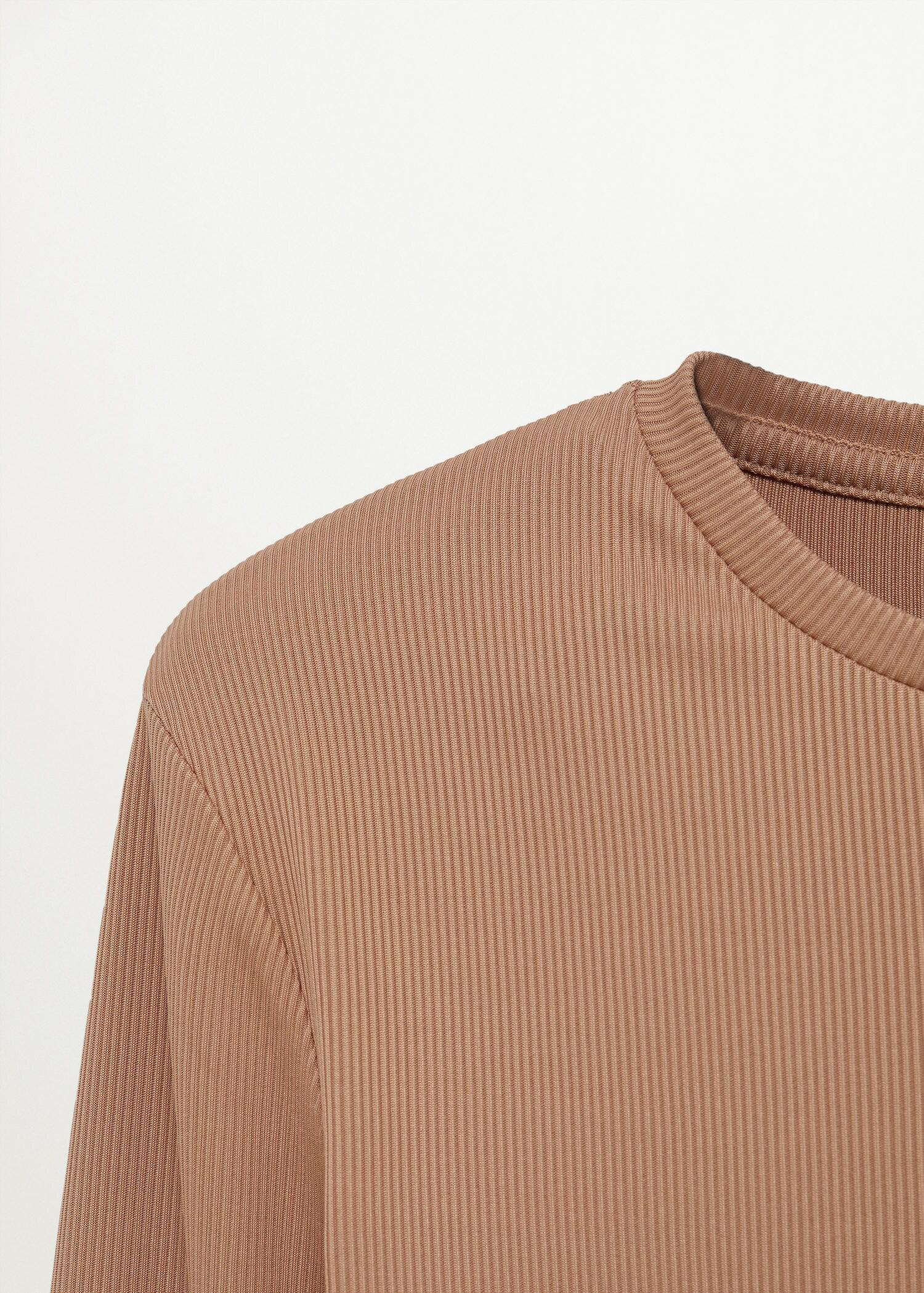 Long-sleeved cropped t-shirt 5