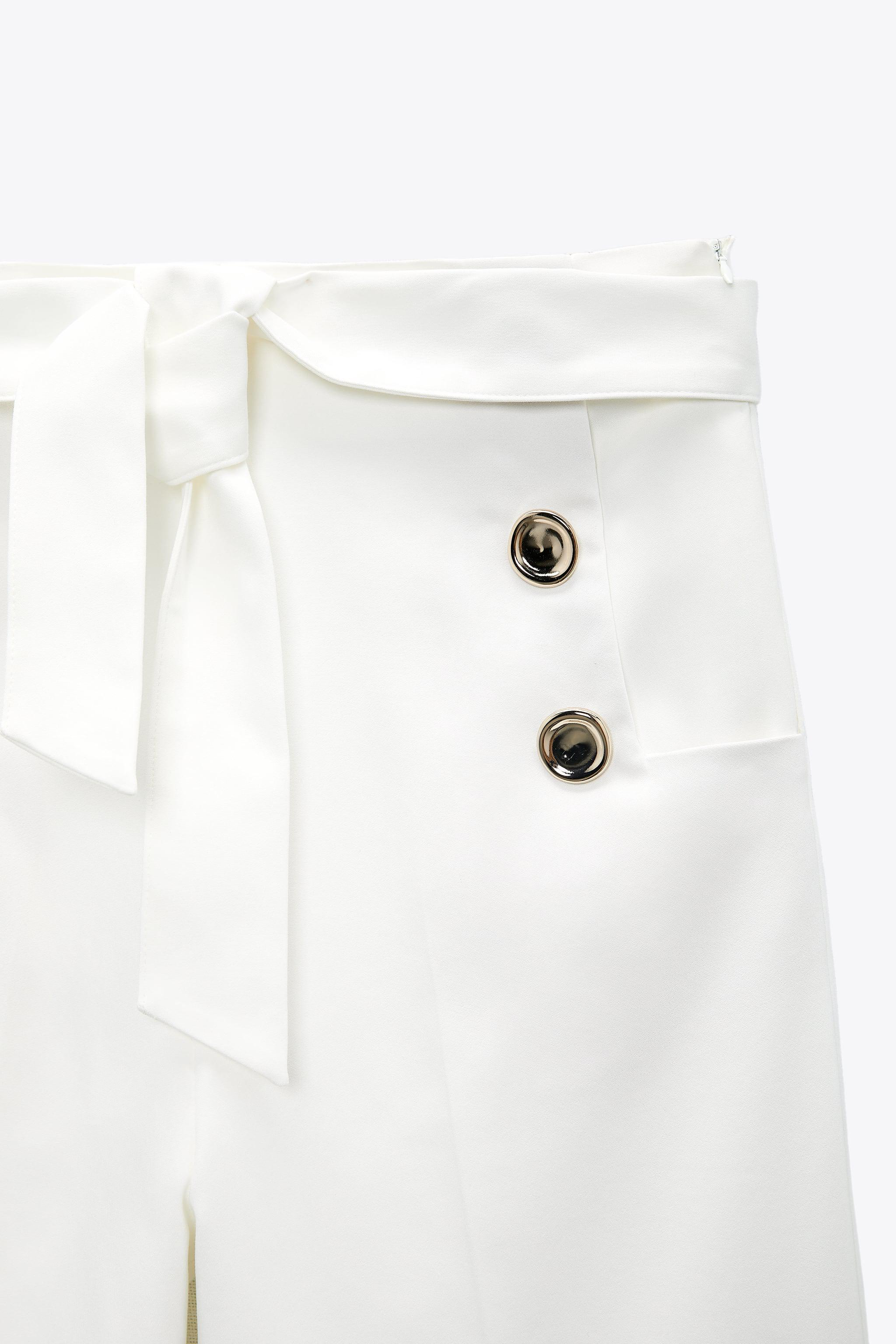 CULOTTES WITH GOLDEN BUTTONS 4