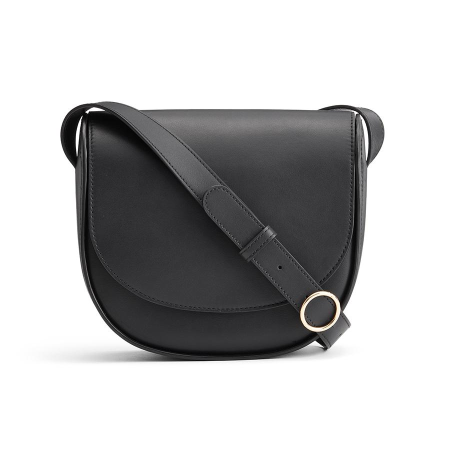 Women's Modern Saddle Bag in Black | Smooth Leather by Cuyana
