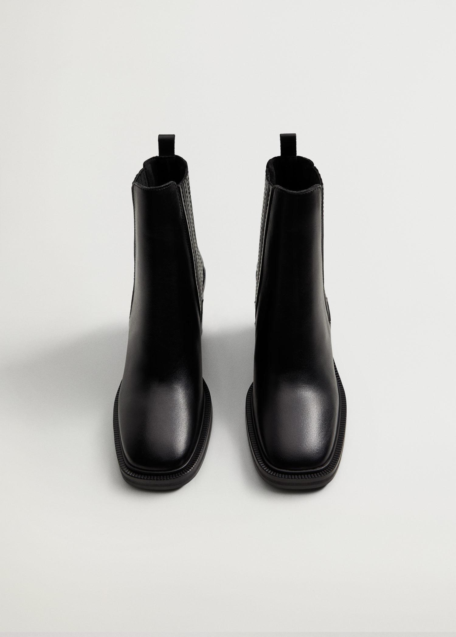 Elastic panels leather ankle boots 3