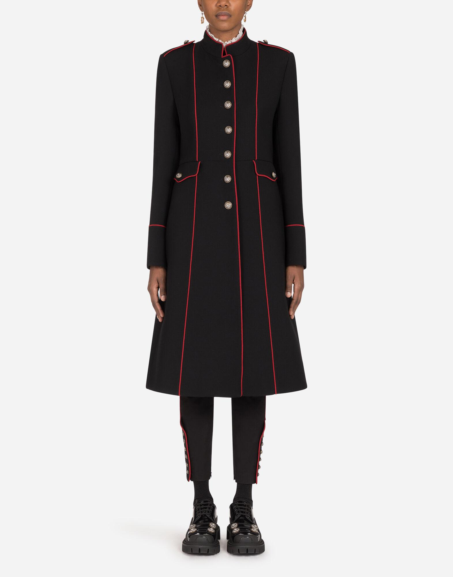 Woolen jacket with piping