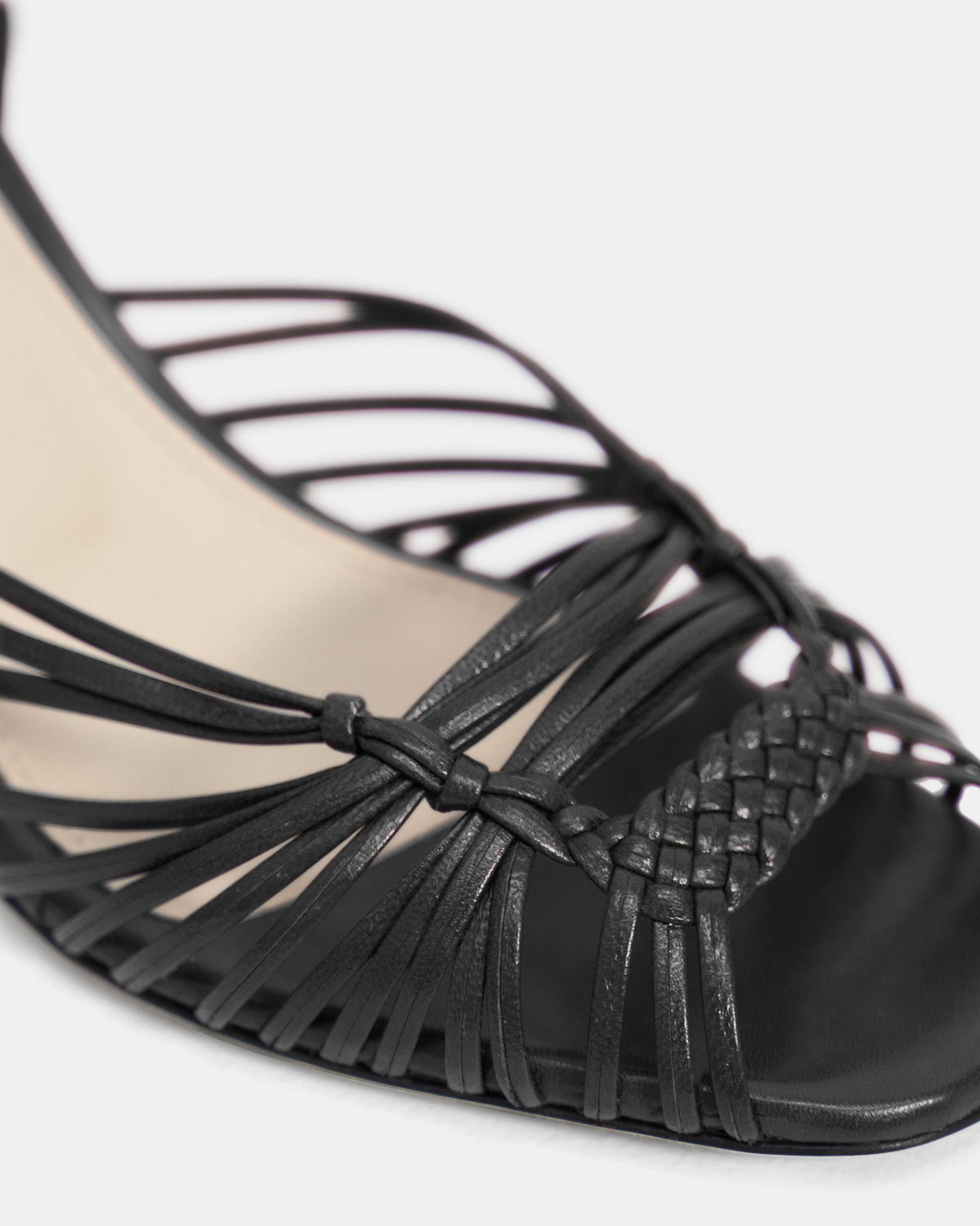 Hand-Braided Sandal in Leather 2