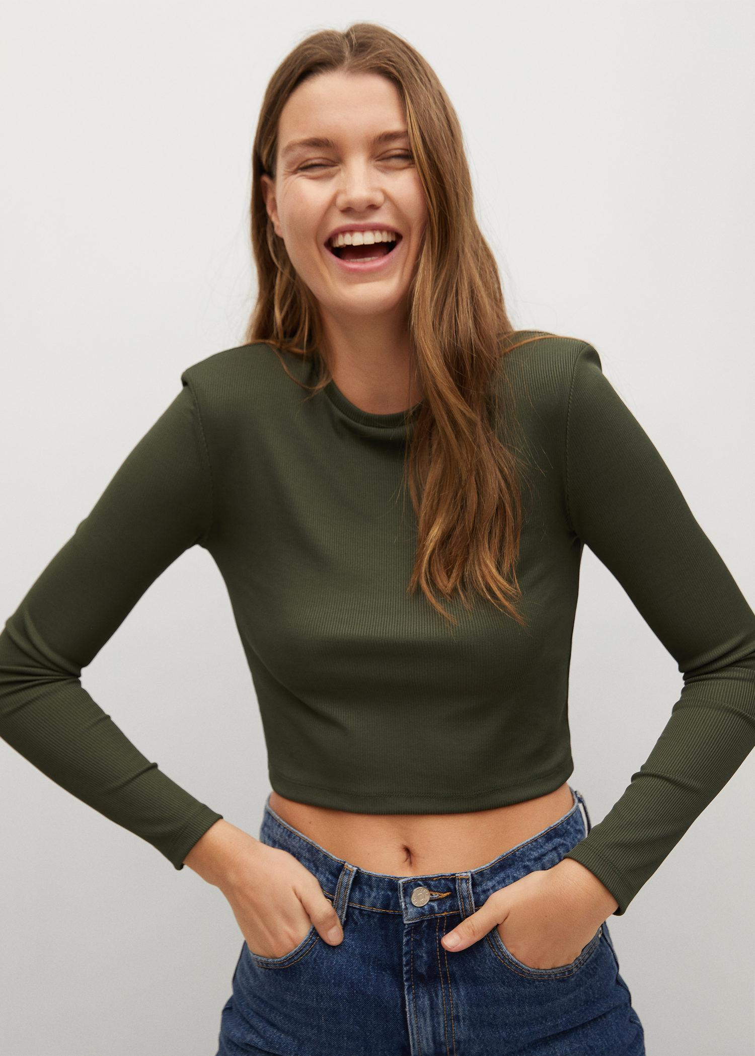 Long-sleeved cropped t-shirt
