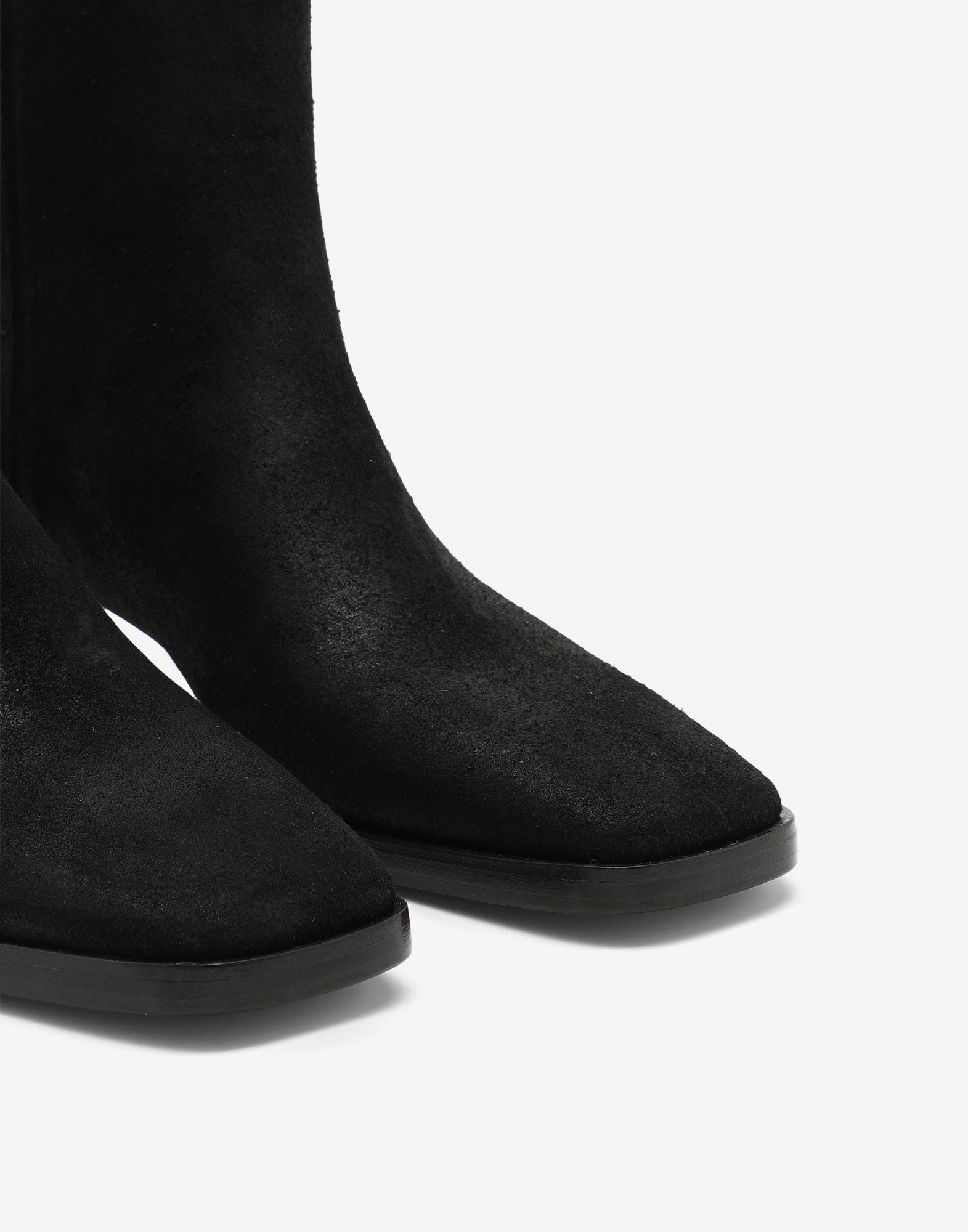 Suede ankle boots 3