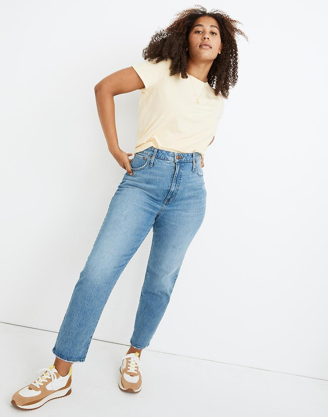 Petite Classic Straight Jeans in Nearwood Wash 0