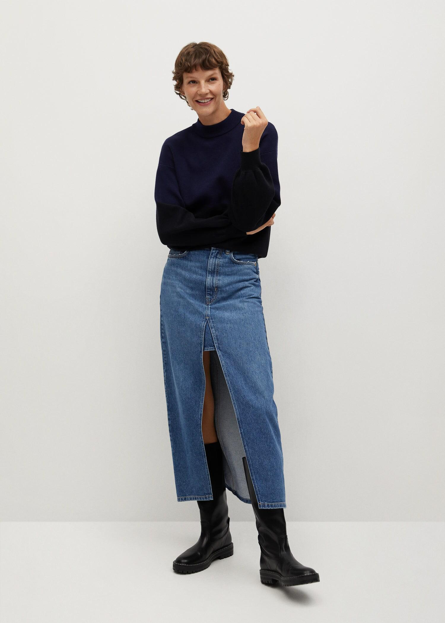 Sweater with puffed sleeves 1