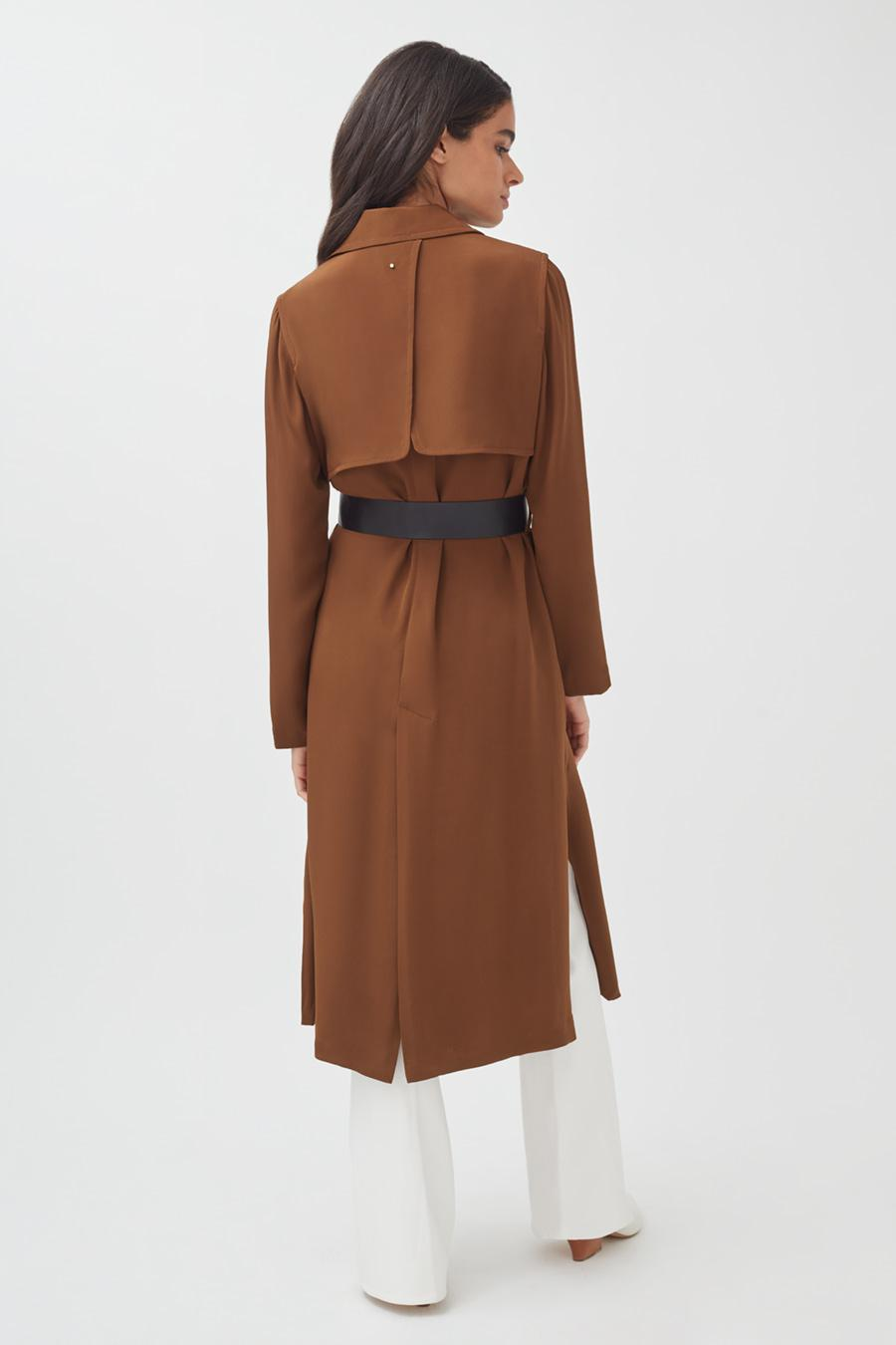 Women's Silk Classic Trench in Chestnut   Size: 2
