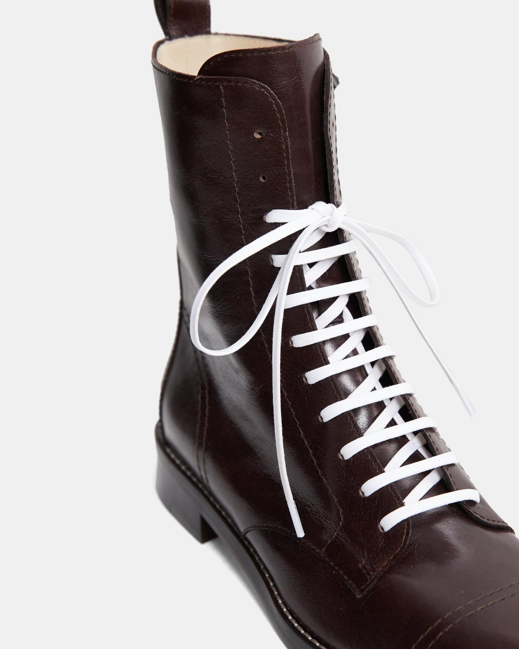 Laced Boot in Satin Leather 5