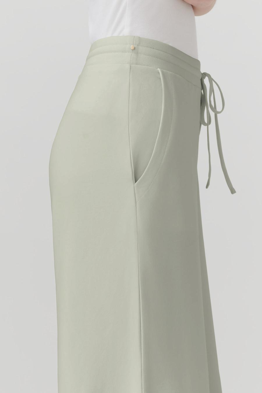 Women's French Terry Wide-Leg Cropped Pant in Sage | Size: 3