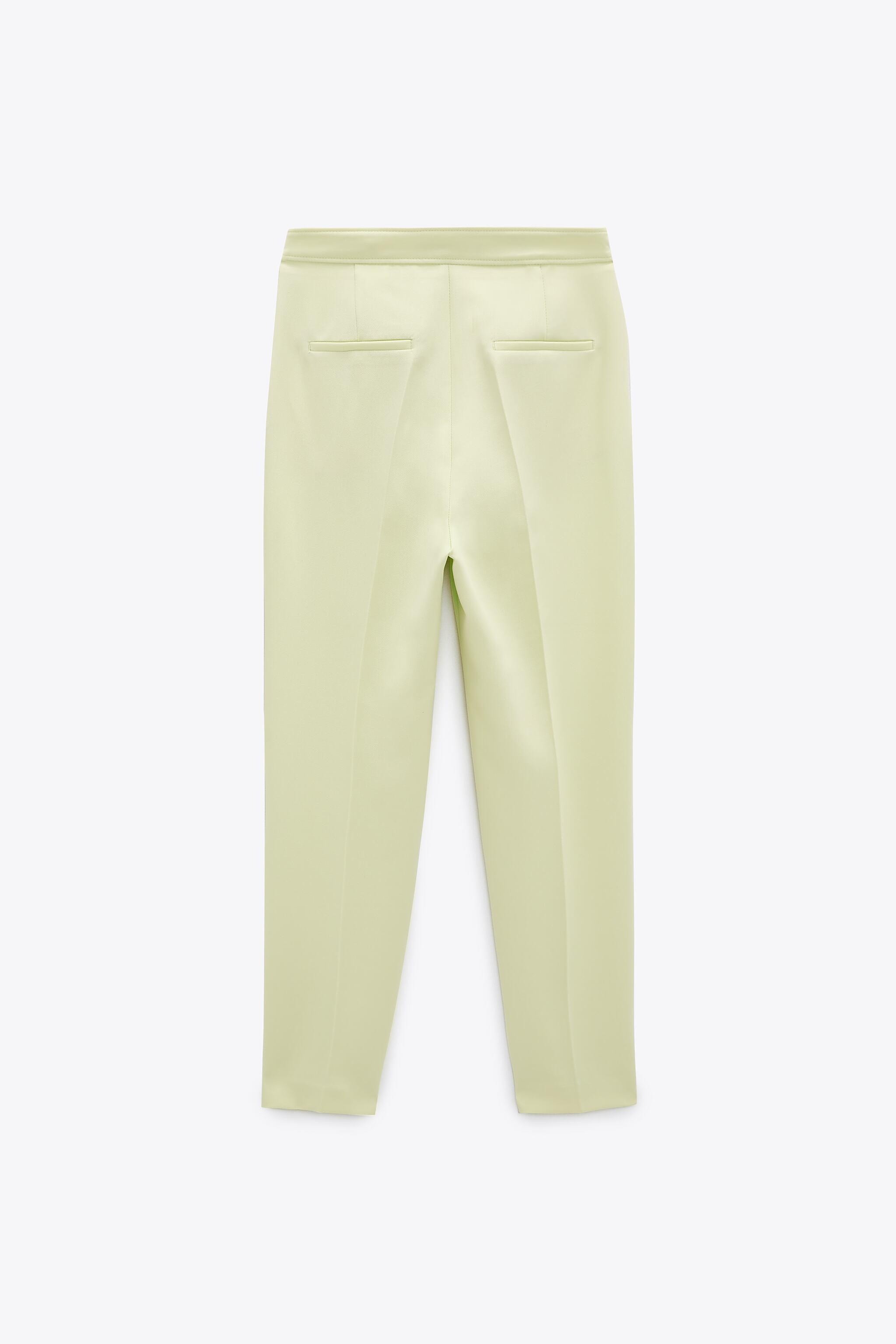 BUTTONED PANTS WITH BELT 5