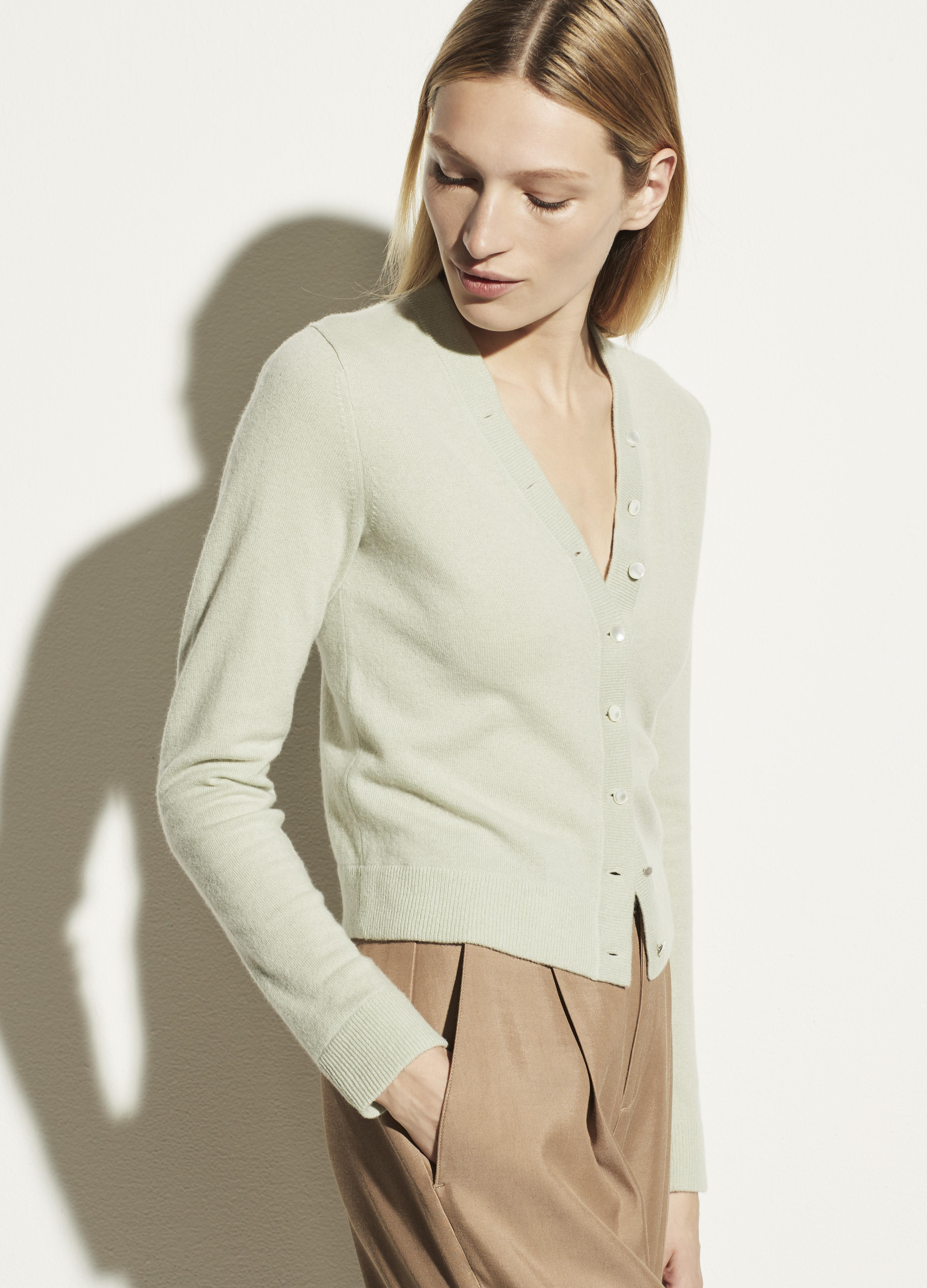 Cashmere Buttoned Cardigan 1
