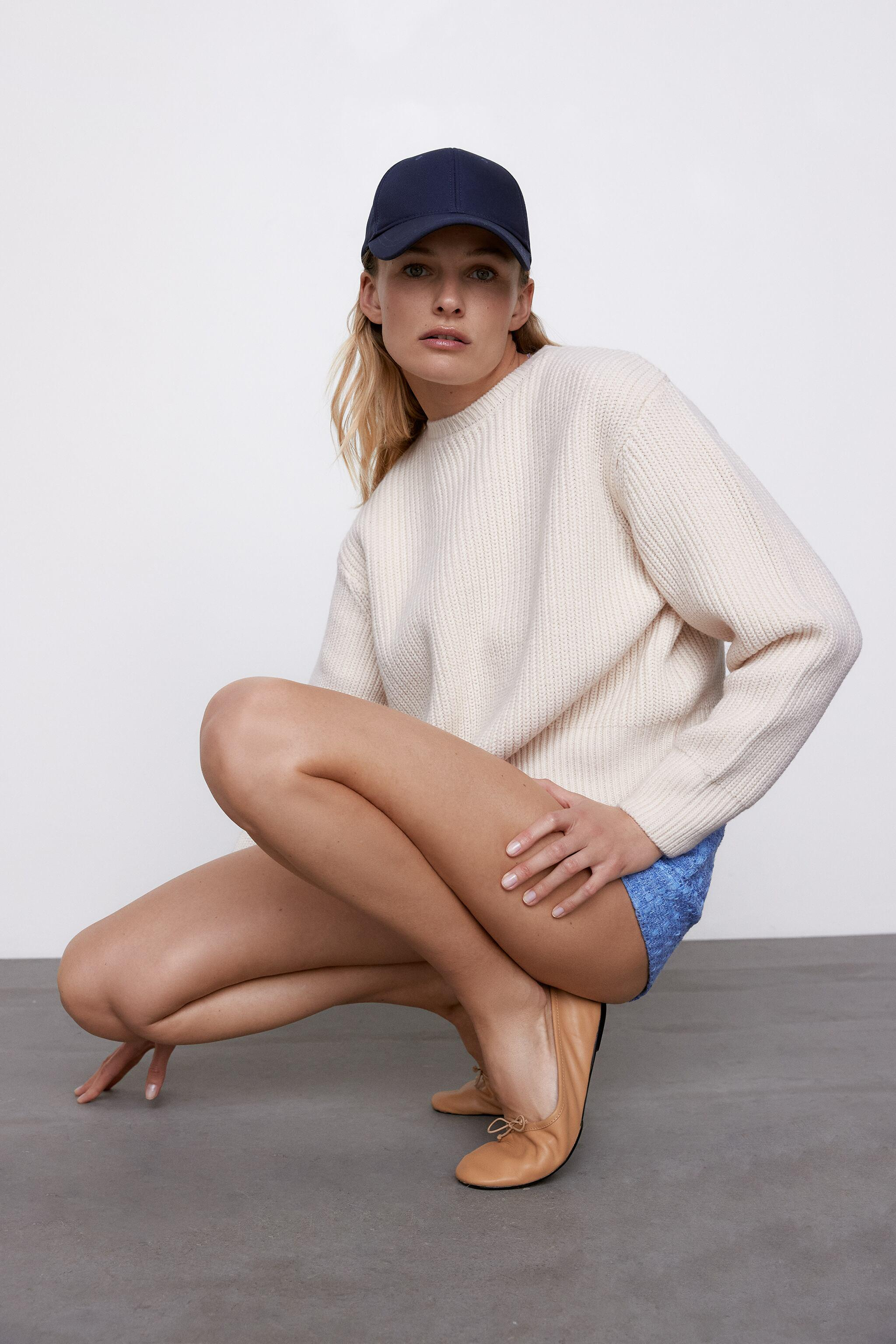 CROPPED LONG SLEEVE SWEATER 1