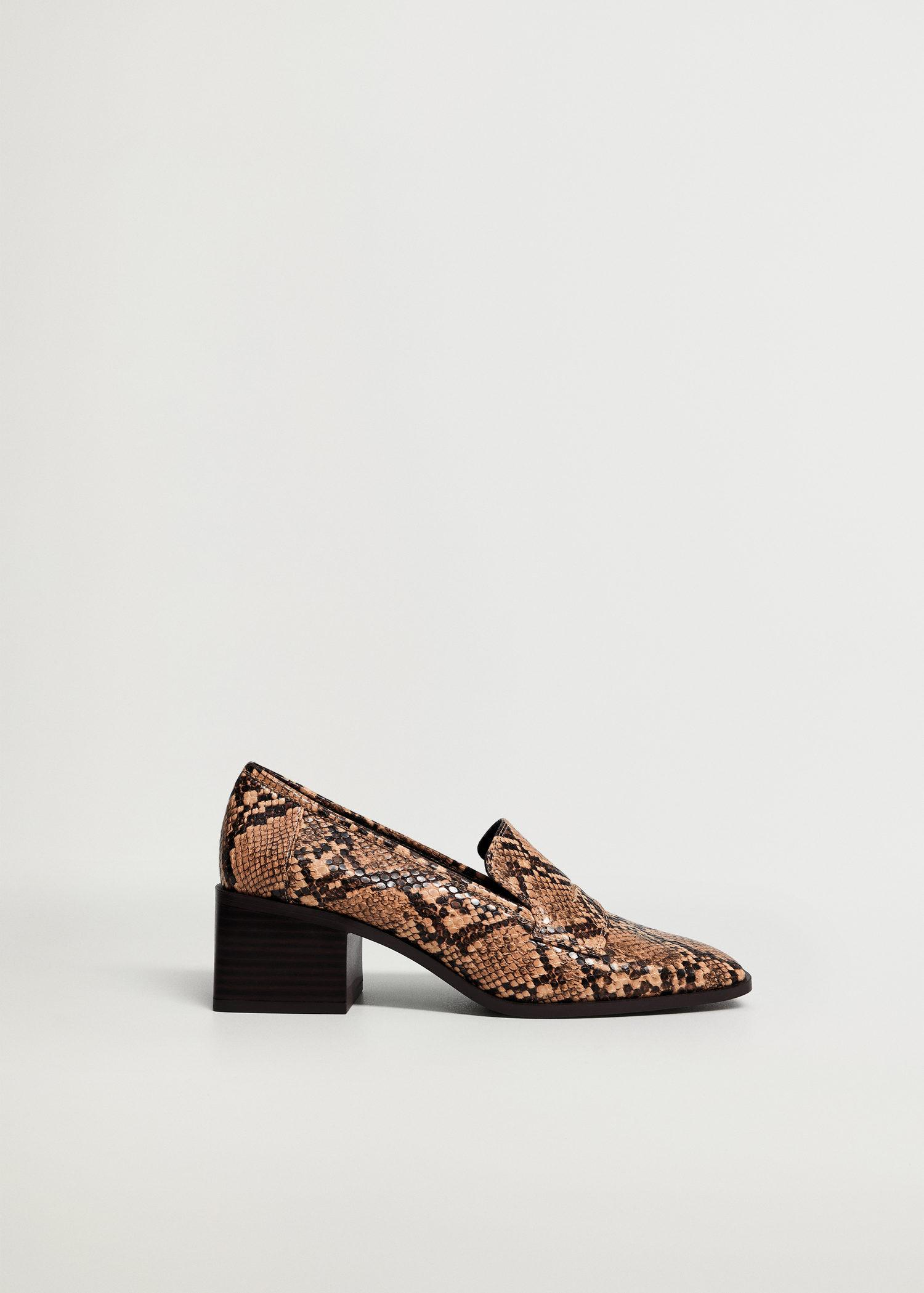Snake-effect loafers