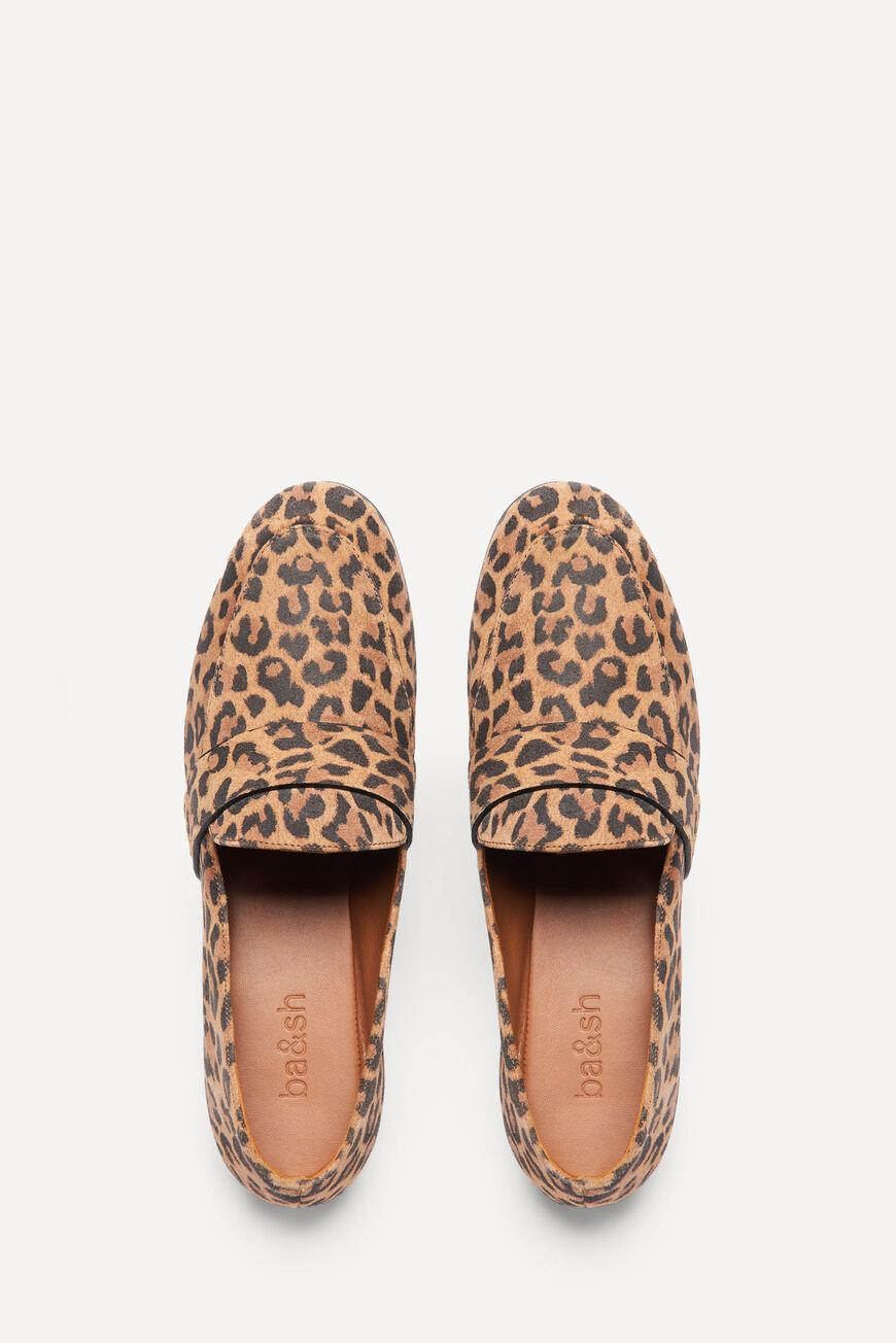 lcampbell.LEOPARD LOAFERS 2