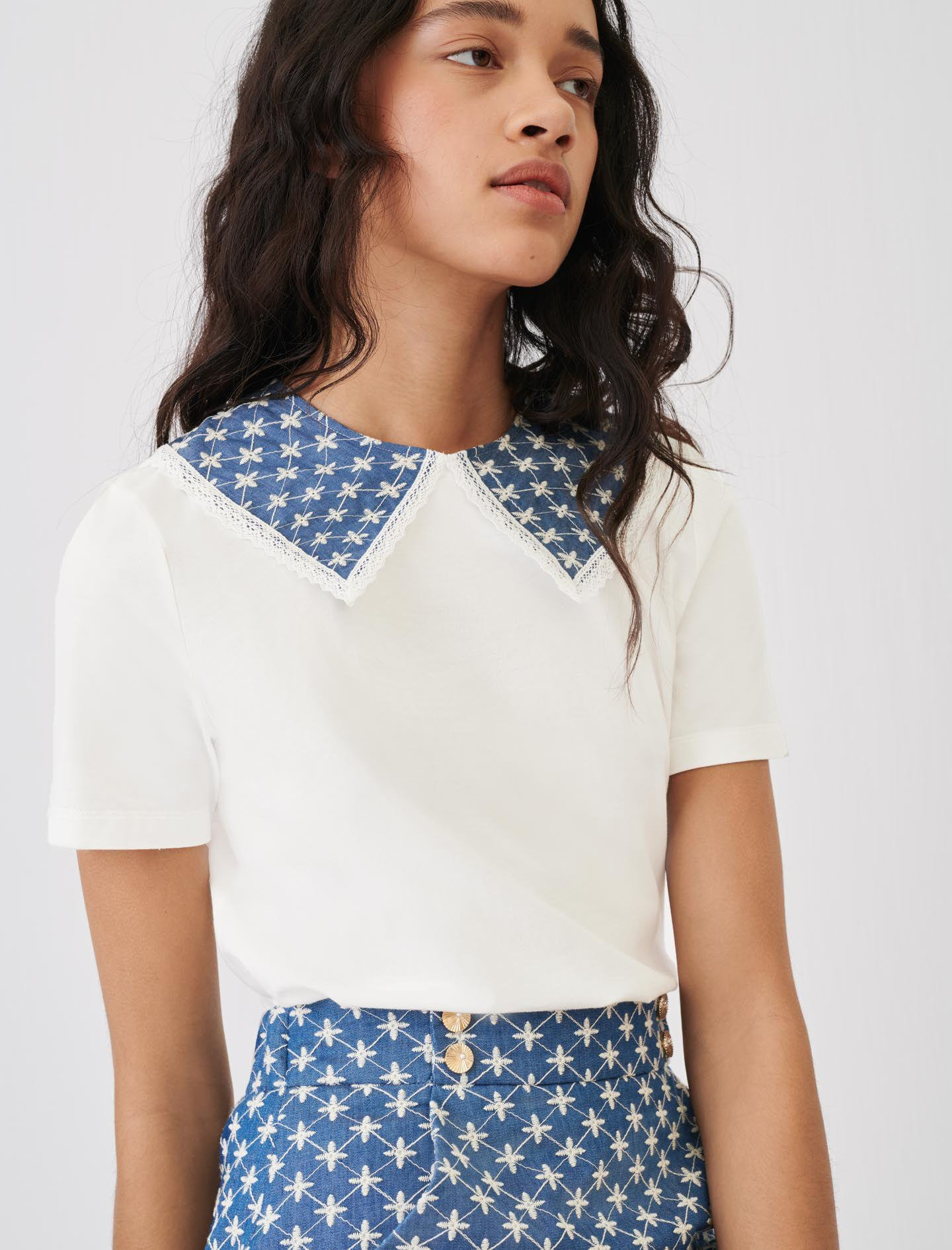 JERSEY T-SHIRT WITH EMBROIDERED COLLAR