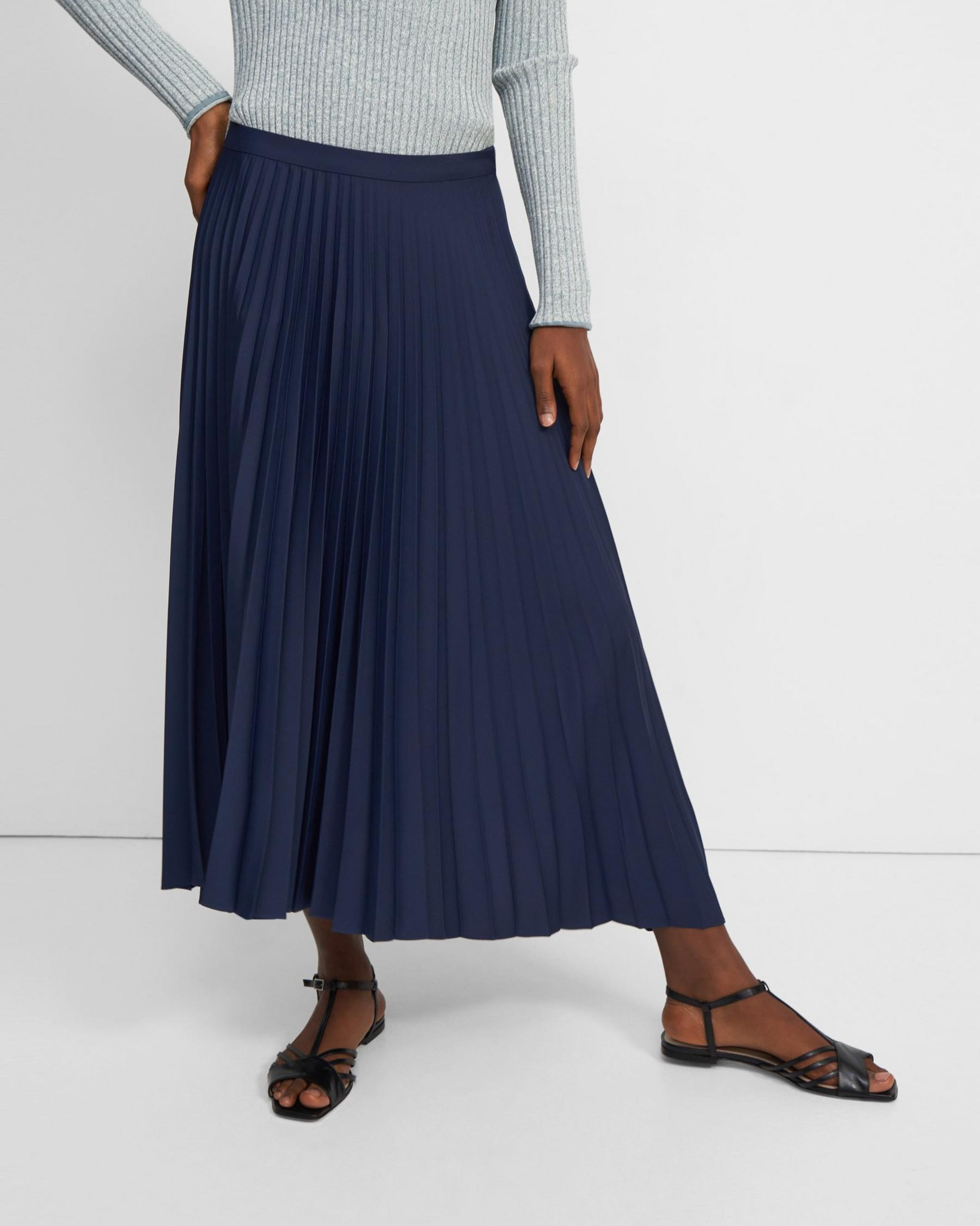 Pleated Skirt in Satin Crepe 1
