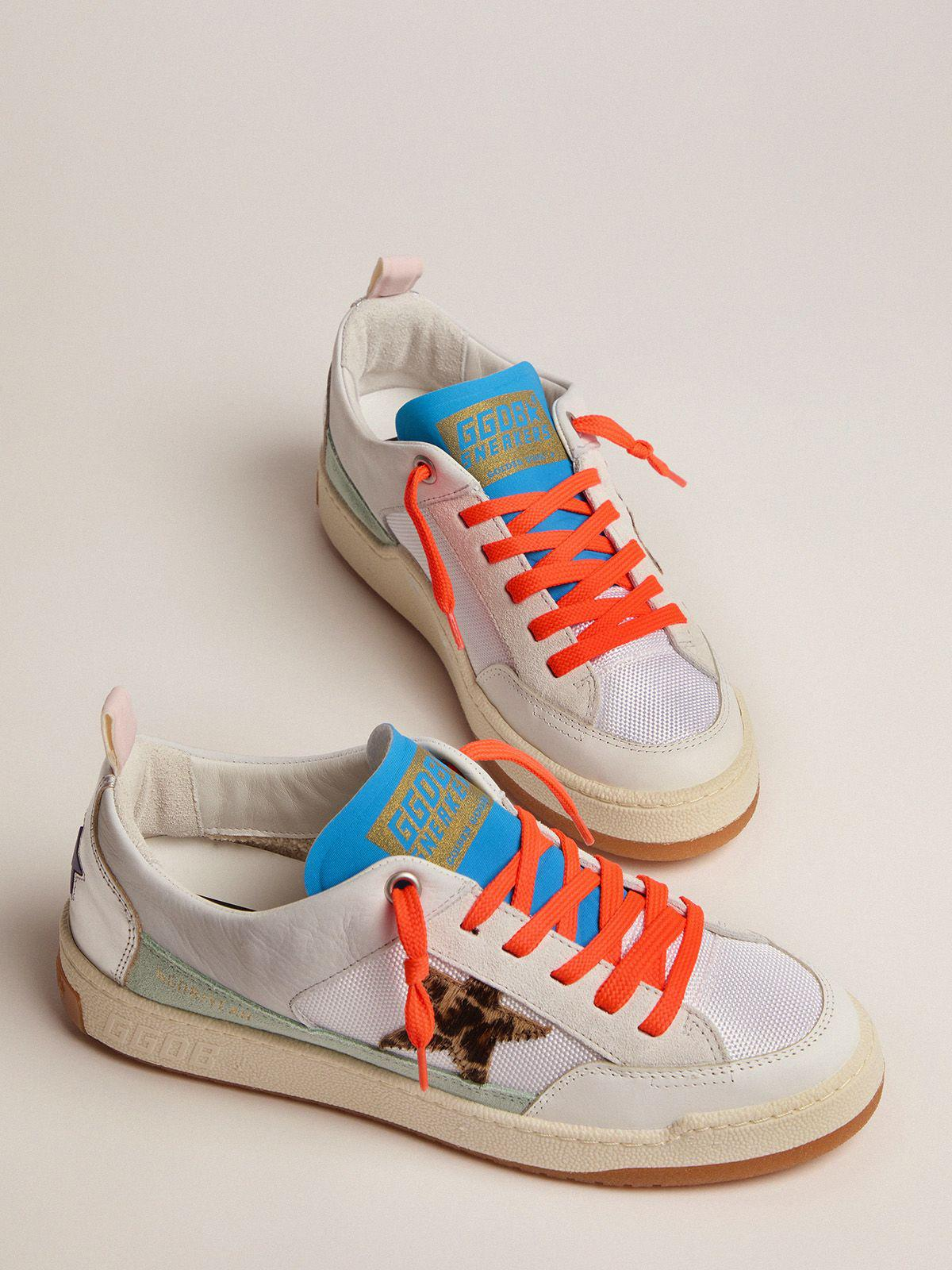Women's white and blue Yeah sneakers with leopard-print star 1