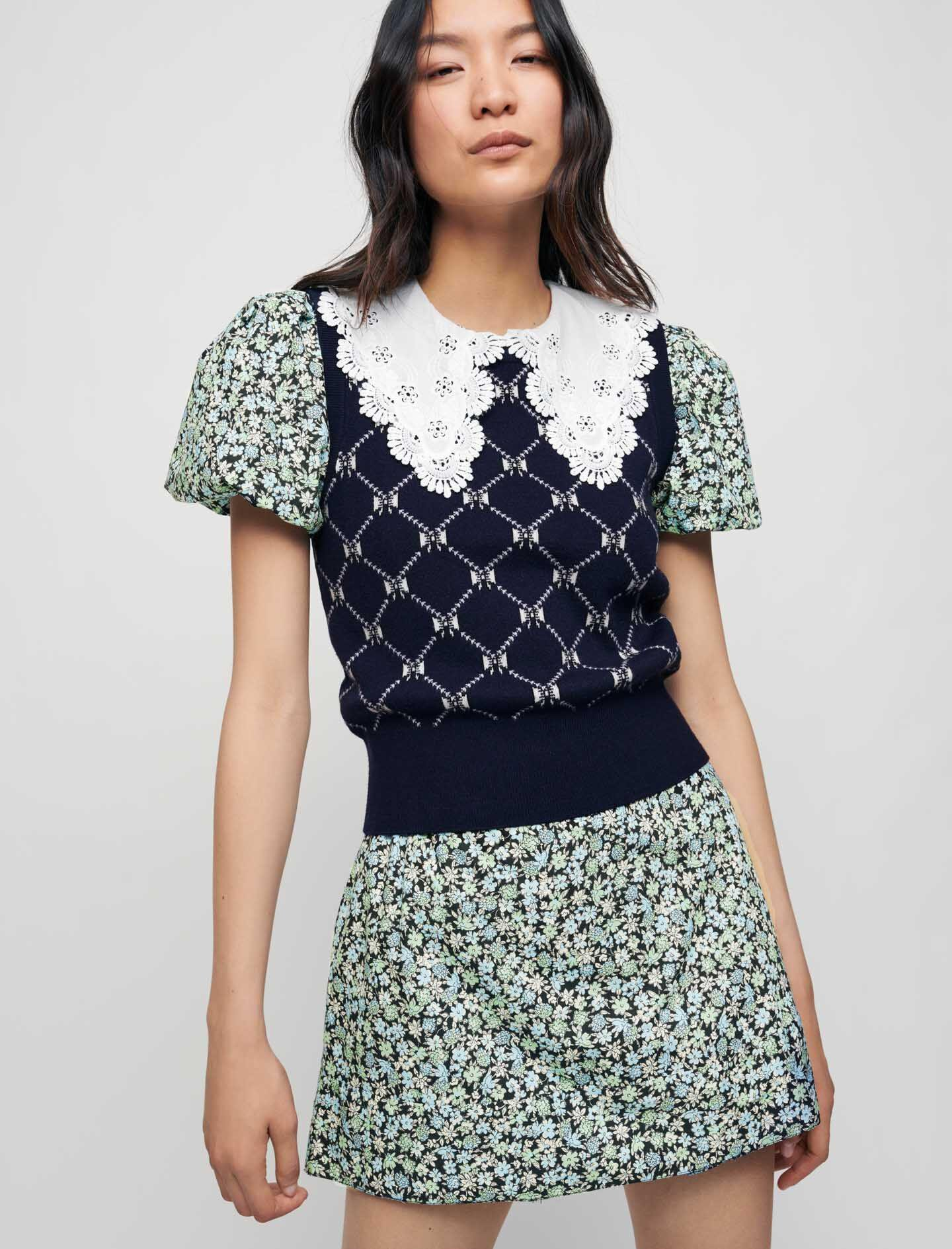 SLEEVELESS JACQUARD SWEATER WITH BOWS