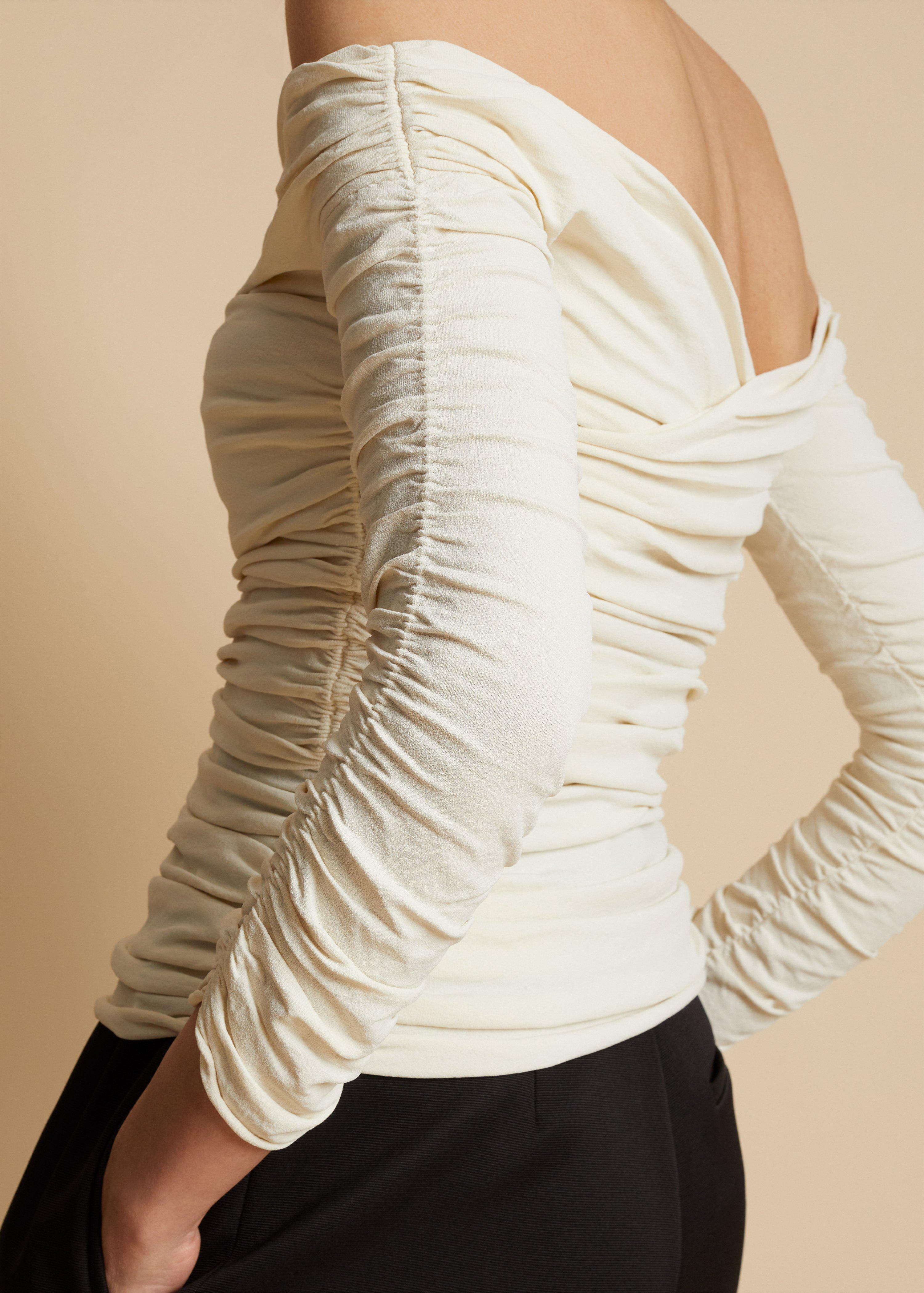 The Elsa Top in Ivory 5