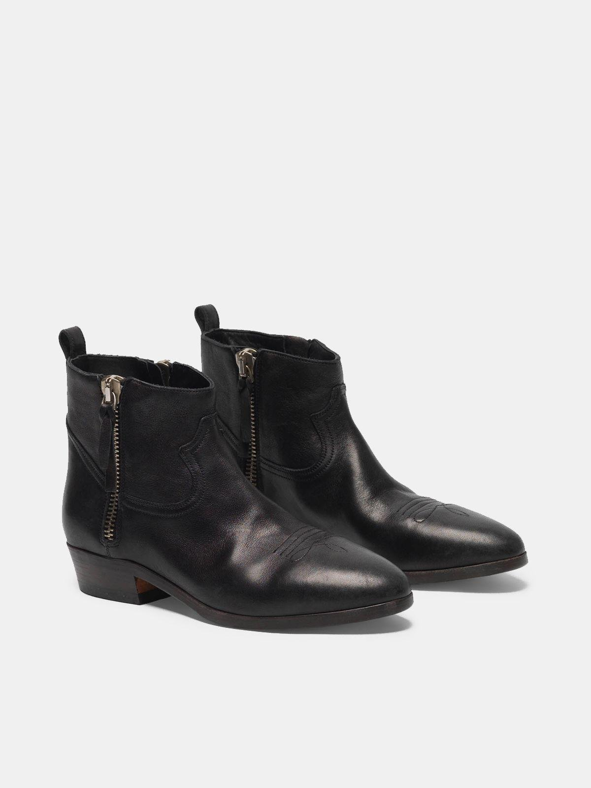 Viand ankle boots in leather with cowboy-style decoration 2